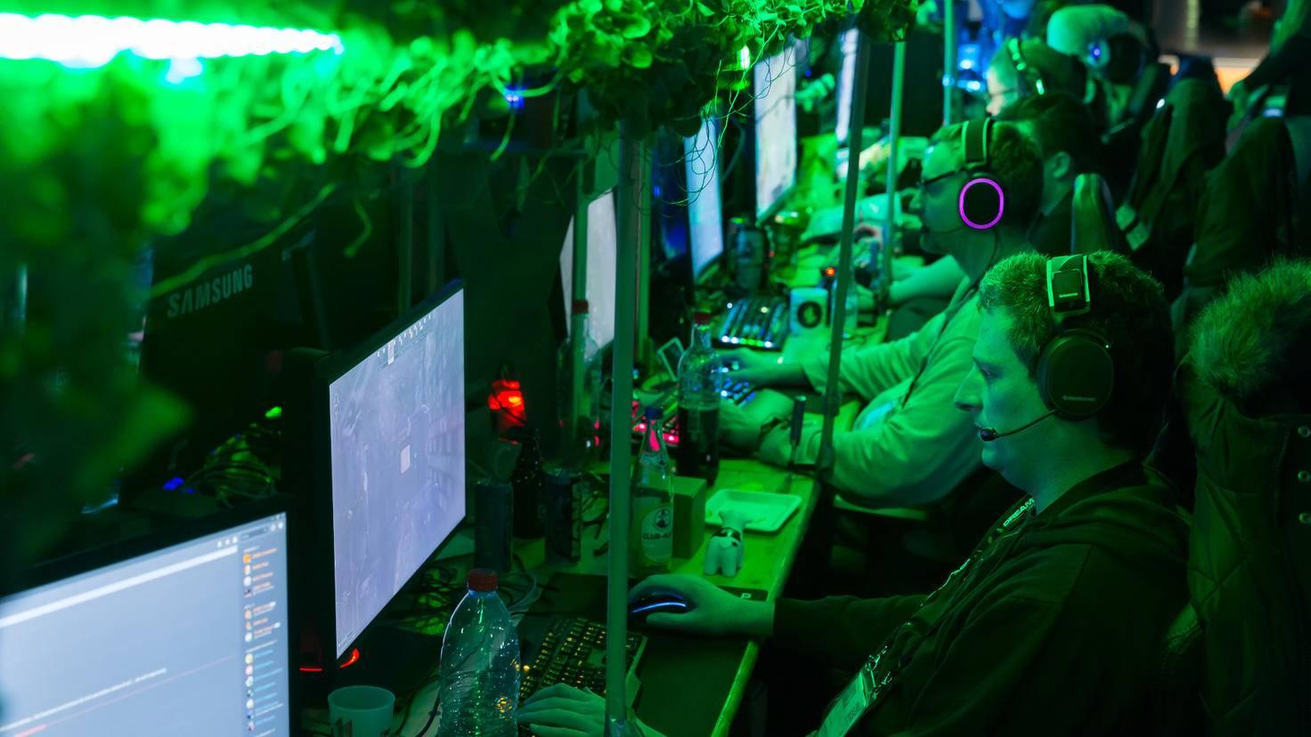 Am eigenen Gerät per LAN-Verbindung mit Tausenden anderen spielen – das bietet in diesem Ausmaß nur die Dreamhack.