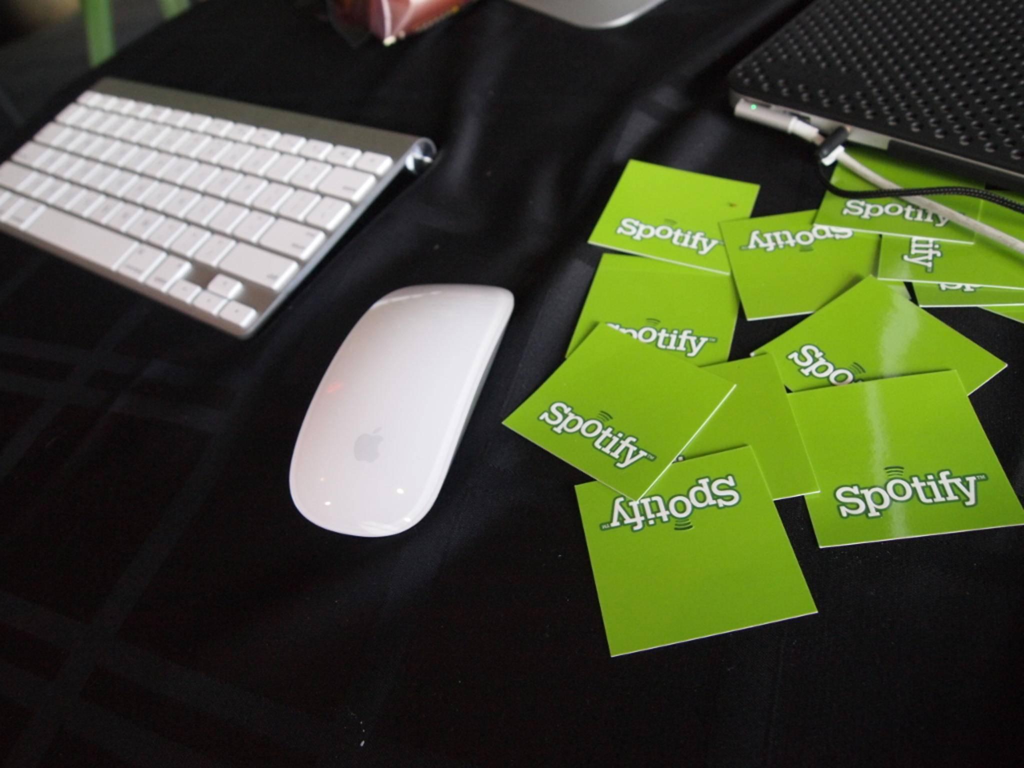 Spotify wirft Apple Wettbewerbsverzerrung vor.