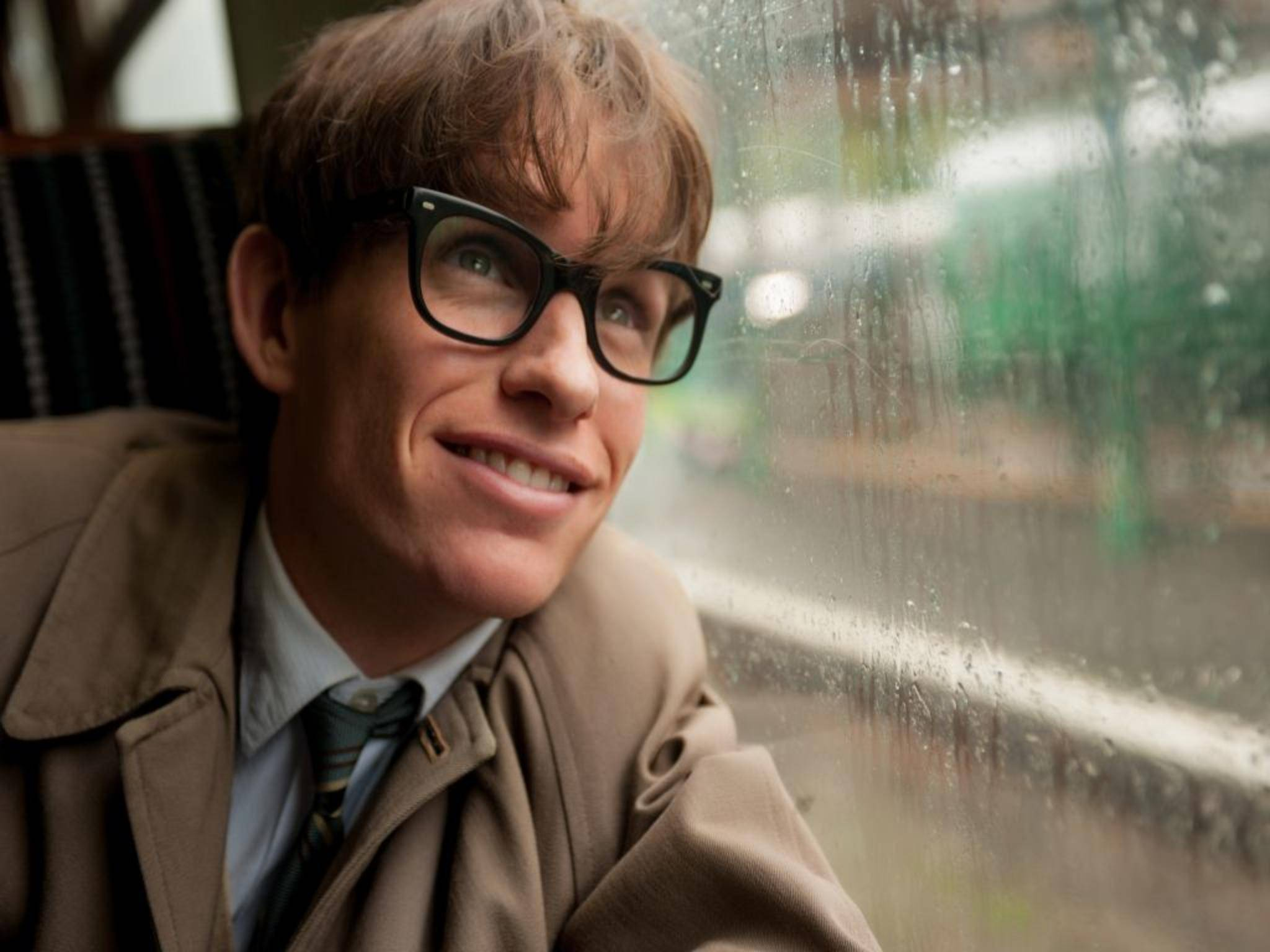Stephen Hawking wird im Biopic von Eddie Redmayne gespielt.