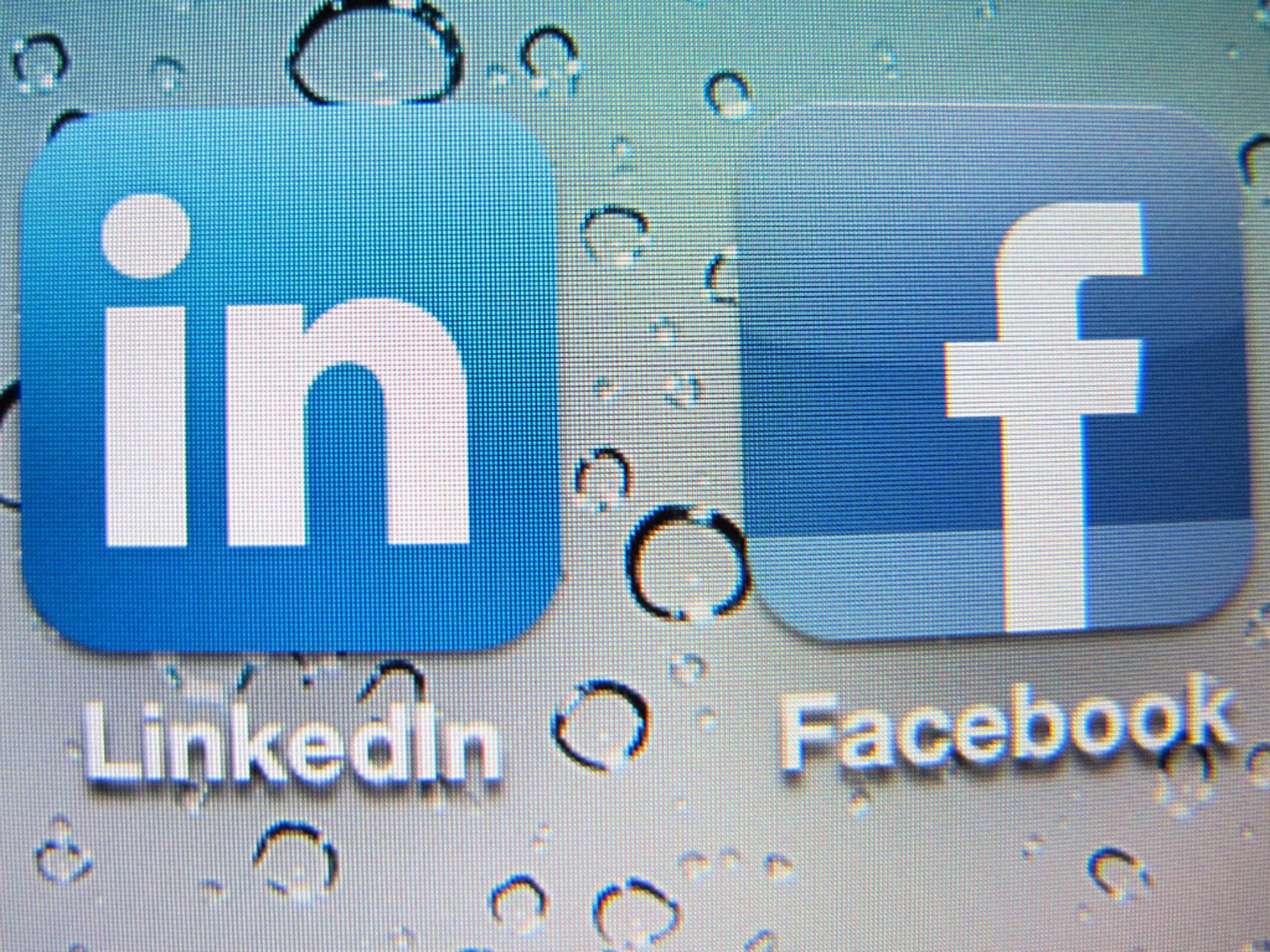 LinkedIn soll durch Facebook at Work Konkurrenz bekommen.