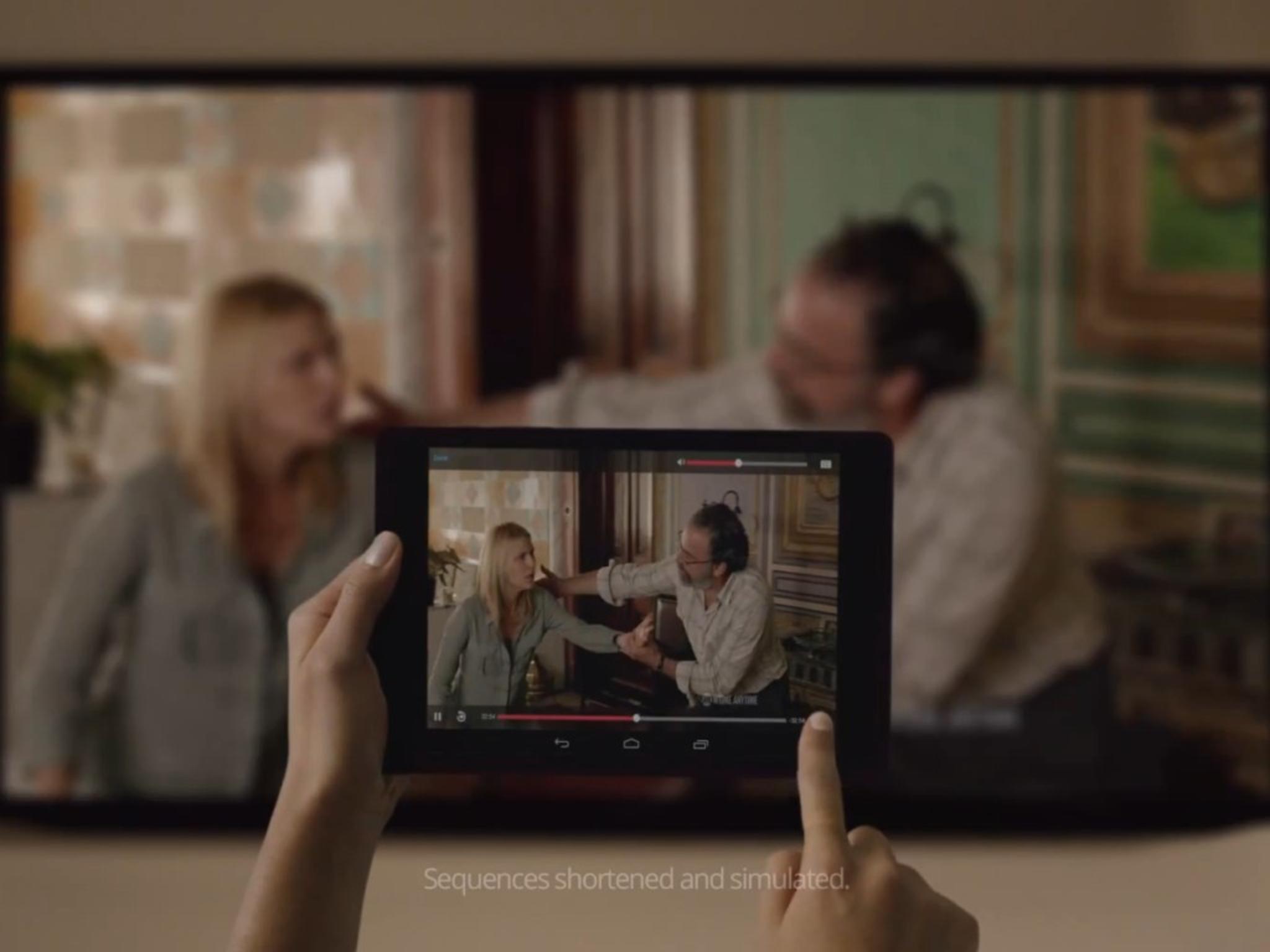 Per Klick aufs Tablet streamt der Google Chromecast Serien, Spiele und Filme auf den Fernseher.