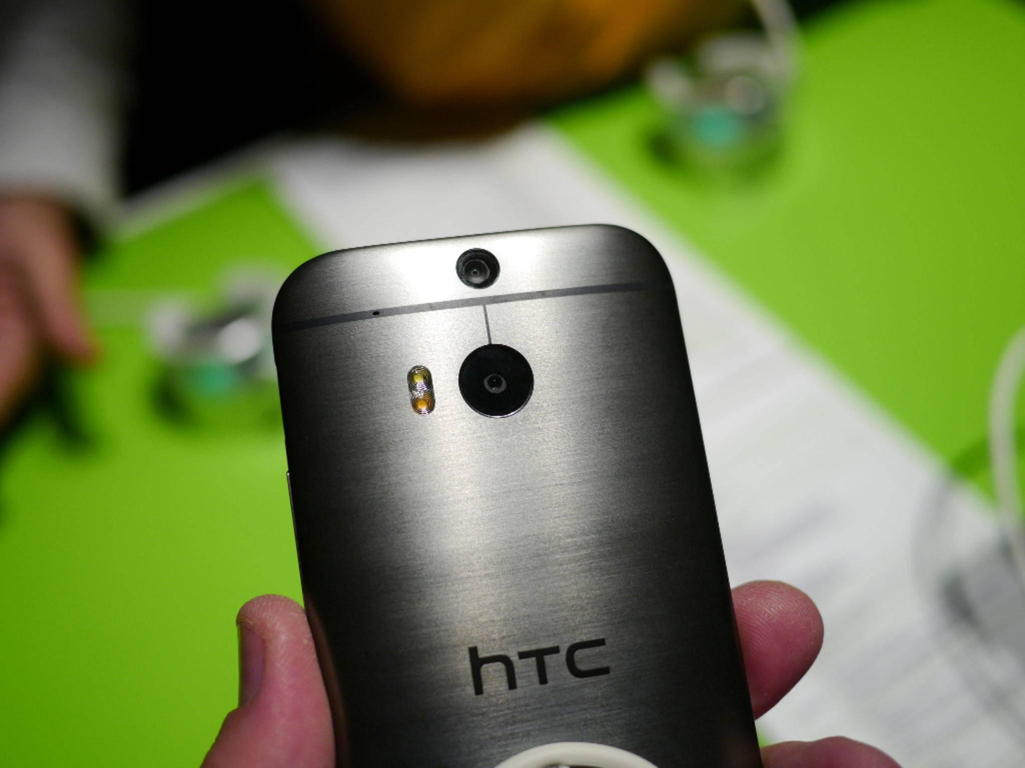 Der Nachfolger des HTC One M8 könnte vor Weihnachten vorgestellt werden.
