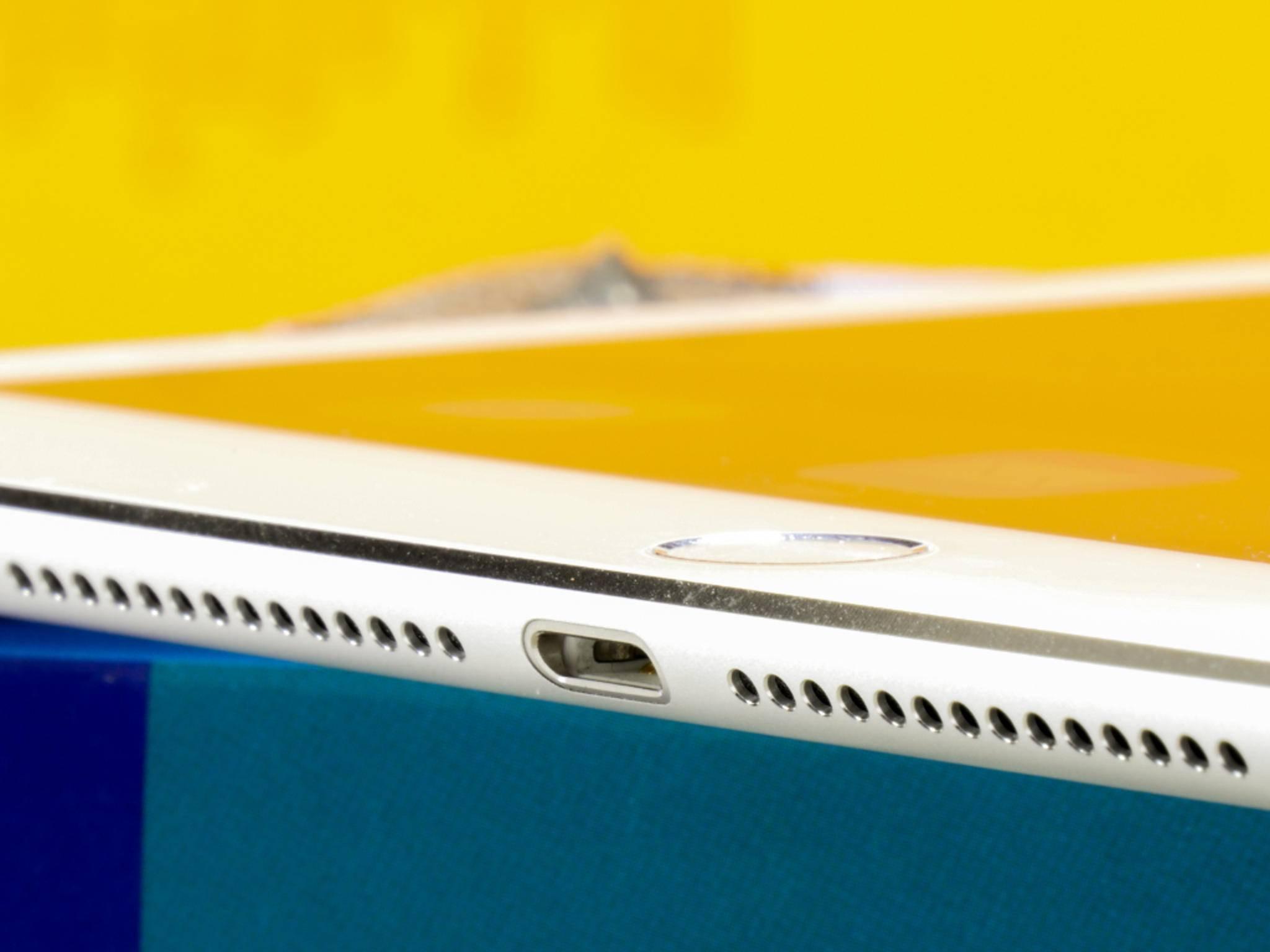 Auch die Lautsprecher-Leiste des iPad Air 2 ist geschrumpft.