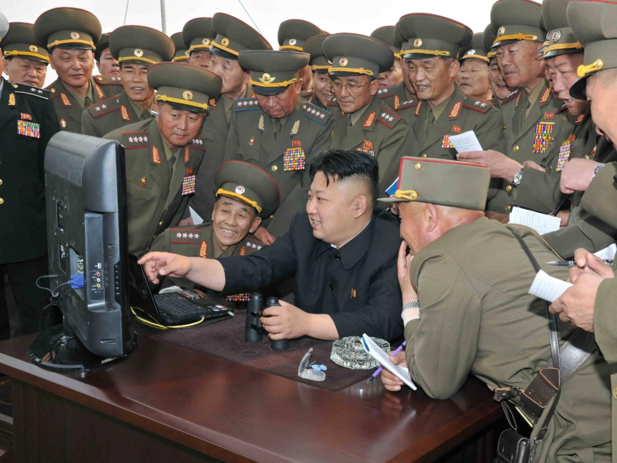 Nordkoreas Diktator Kim Jong-un konnte in der Nacht zum Dienstag stundenlang nicht im Internet surfen.