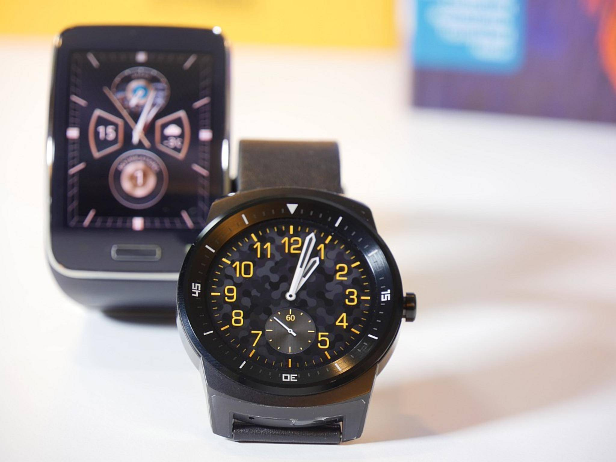 Samsung Gear S und LG G Watch R