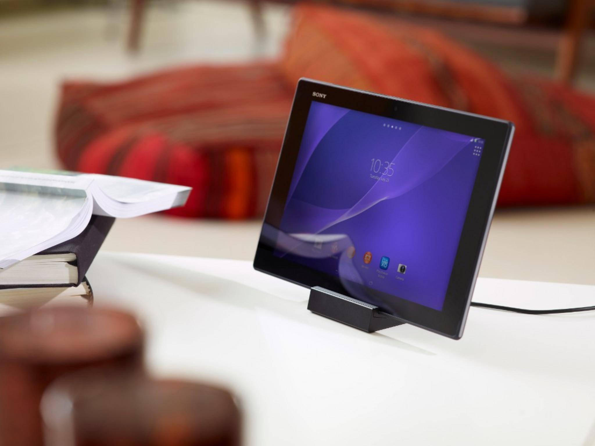 Tablet-Halter gibt es viele (hier einer von Sony samt Tablet). Die acht Kandidaten in dieser Liste sind handgemacht und unverwechselbar!