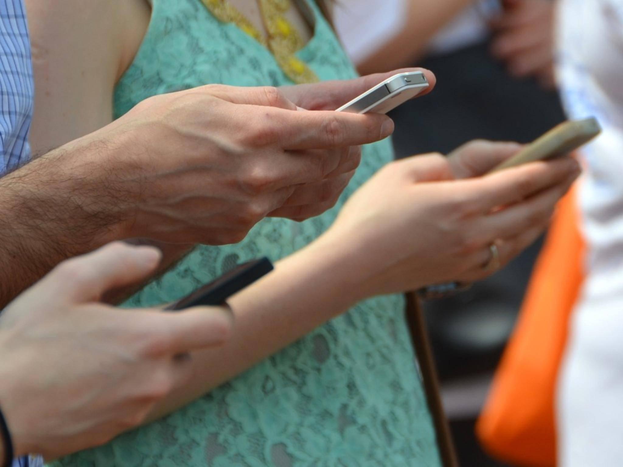Vielschreibern droht in Zukunft eine temporäre WhatsApp-Sperre.