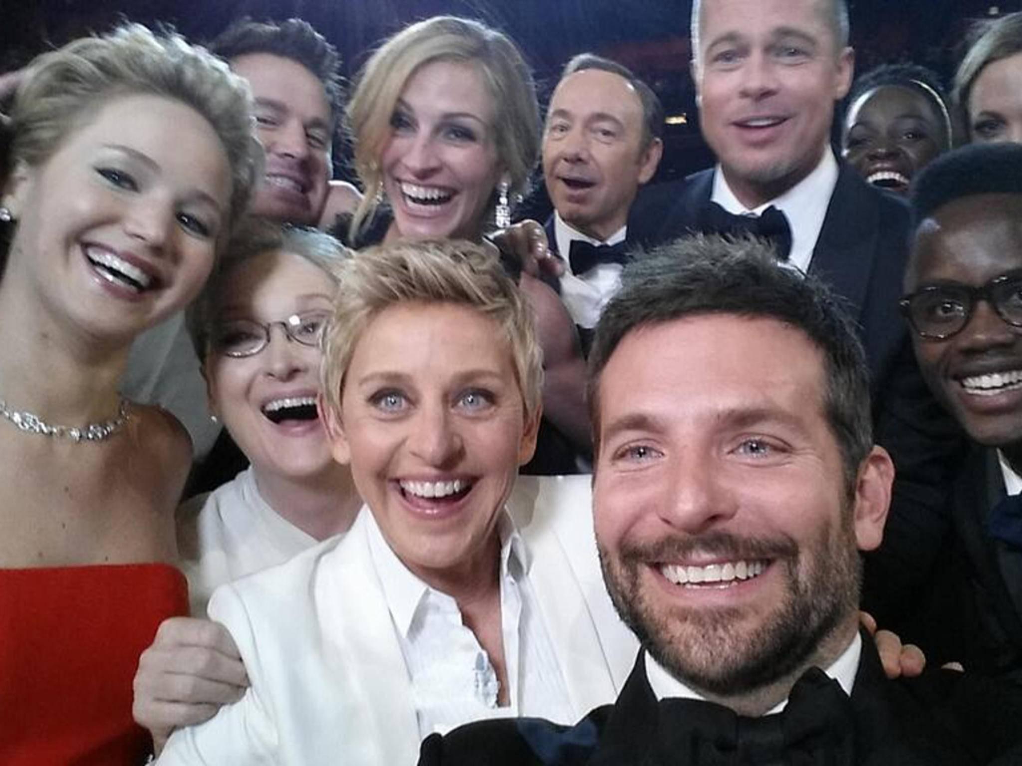 Das berühmte Oscar-Foto: Mit Selfie-Apps kann jeder zum Star werden.