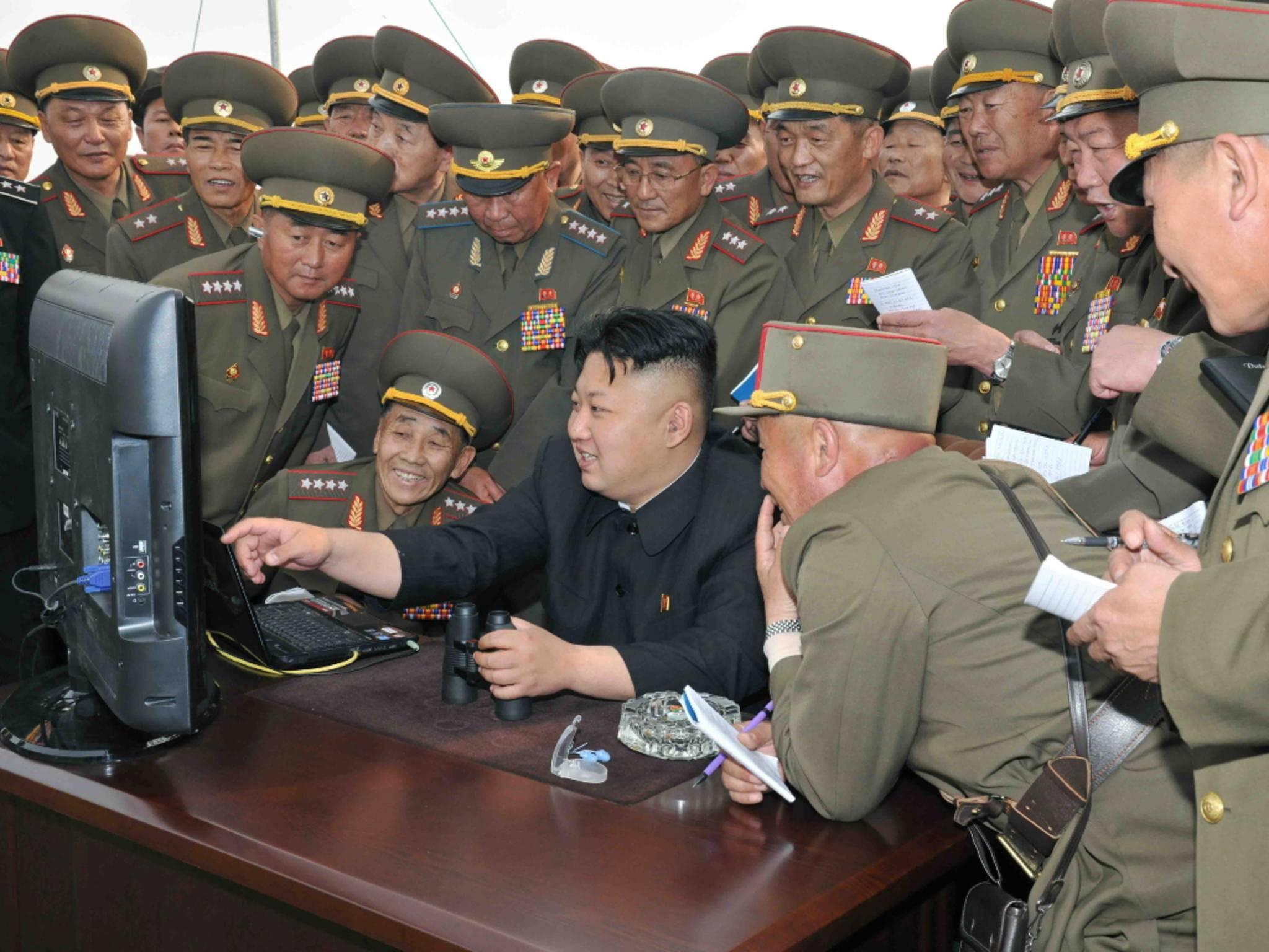 Kim Jong-un vor Computer