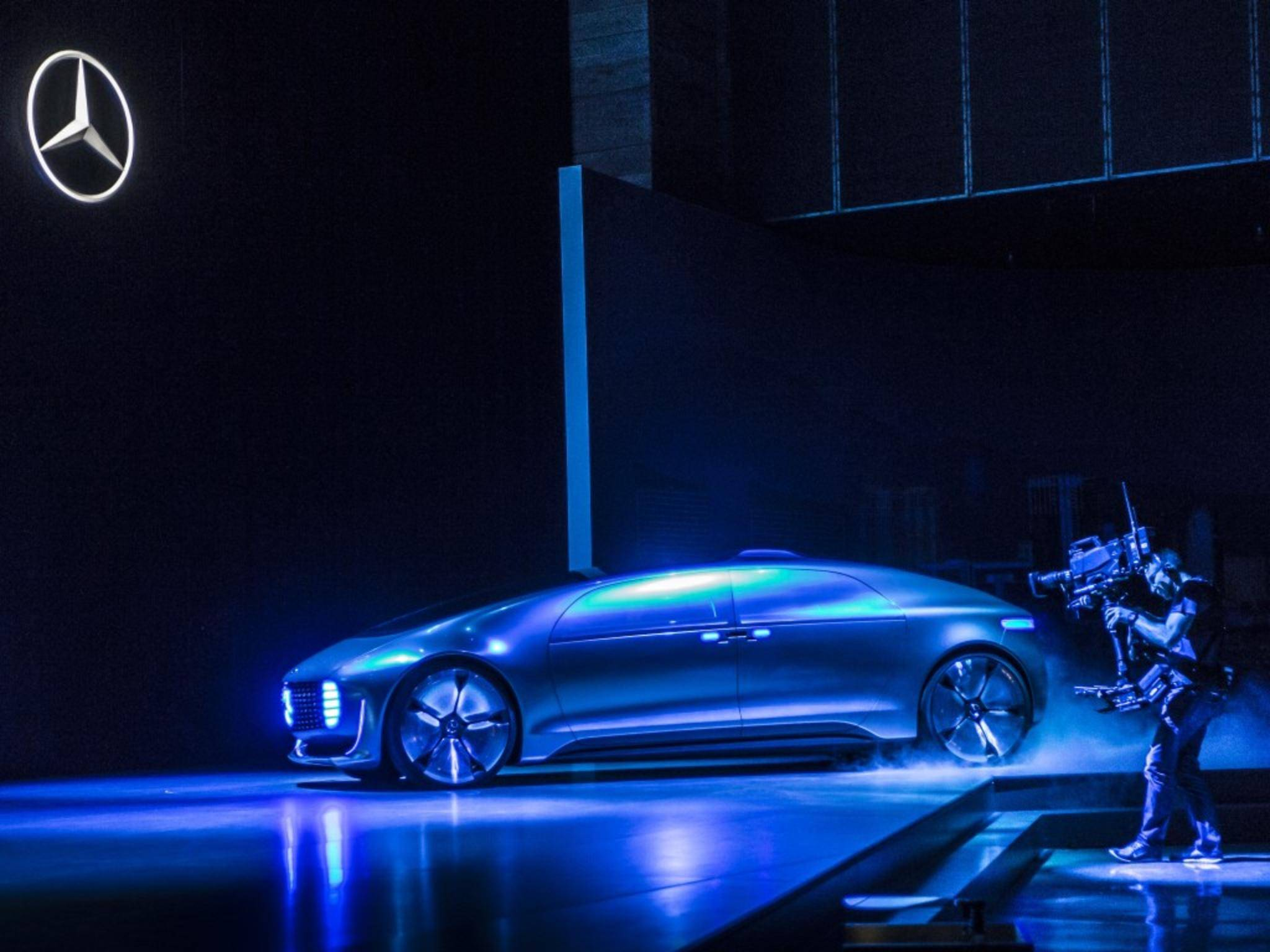 Mercedes zeigt auf der CES den F 015 Luxury in Motion.