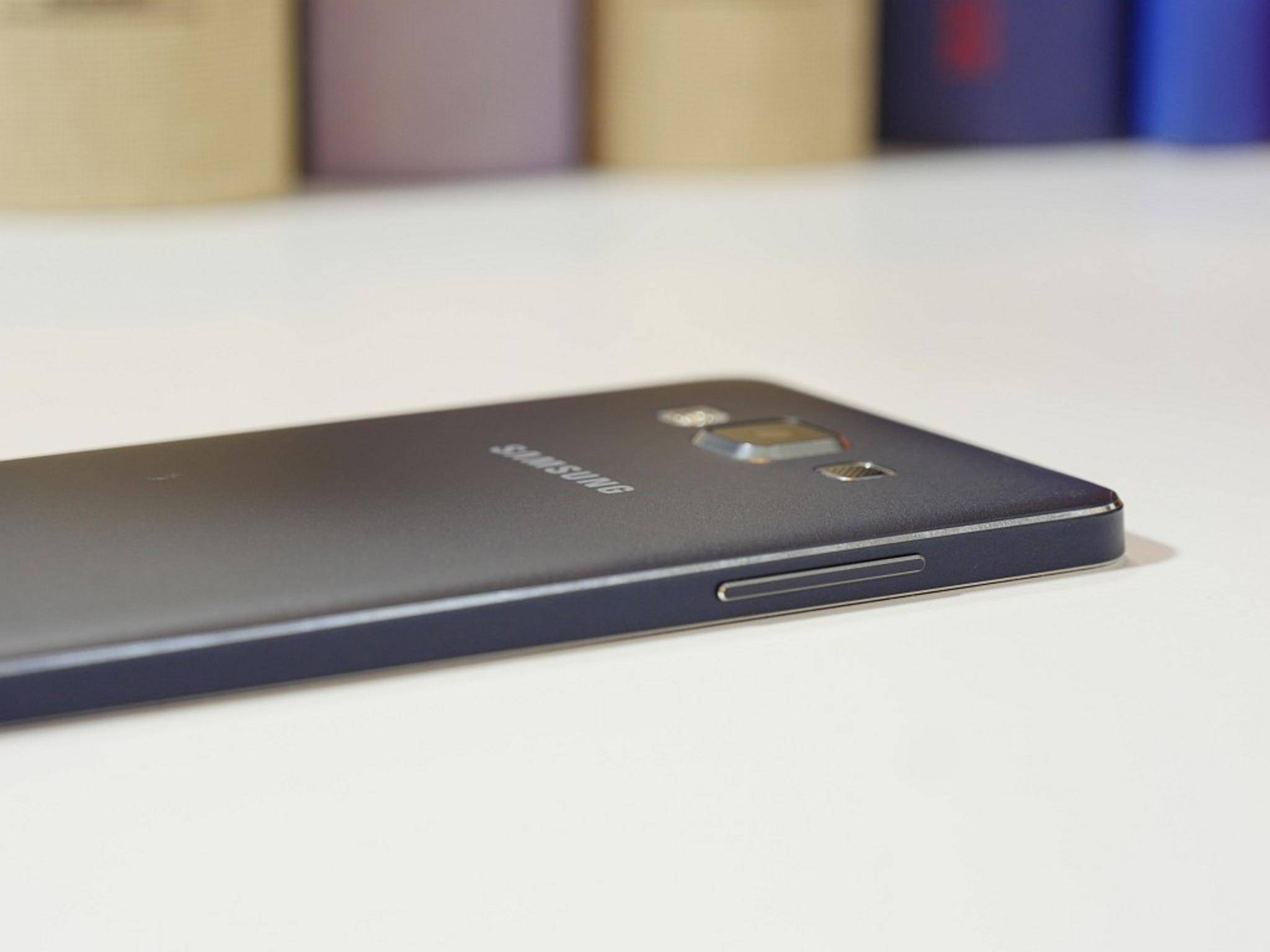 Das Galaxy A8 soll noch dünner als das Galaxy A5 werden.