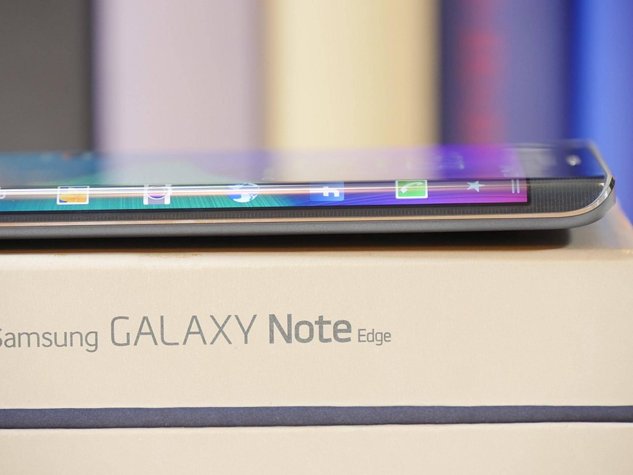 Der Clou des Galaxy Note Edge: das Curved-Display an der rechten Seite.