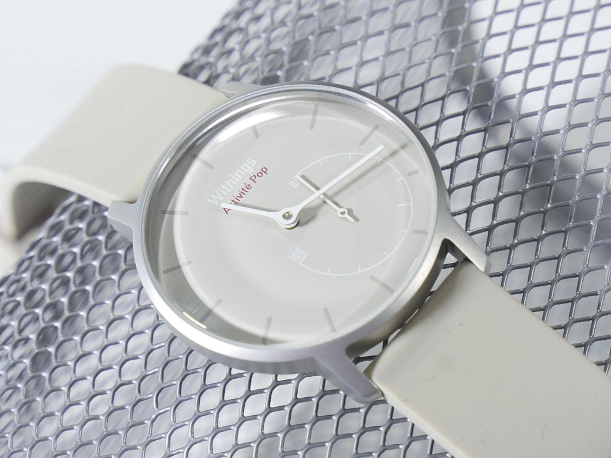Die Whitings Acitivité Pop ist nicht so smart wie andere Smartwatches, kommt aber mit einigen Sonderfunktionen.