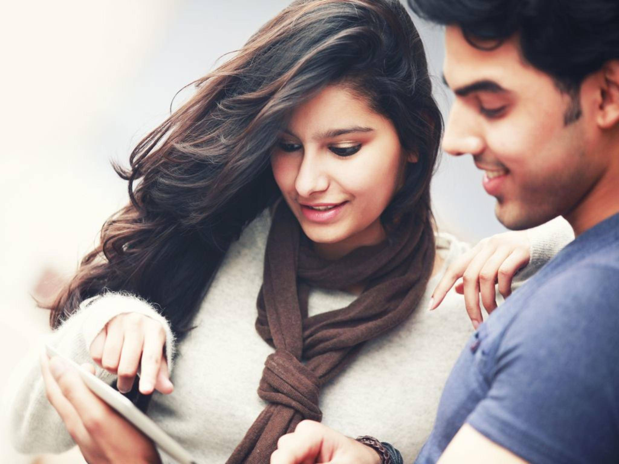 Per Facebook-Werbung die neue Liebe finden? Lovebook soll Singles zusammenbringen.