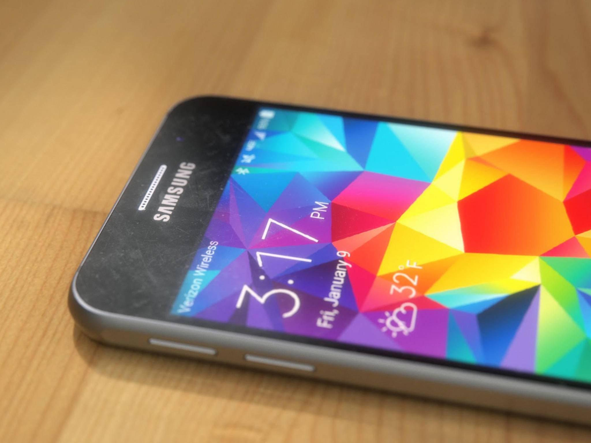 Der Akku des Galaxy S6 soll kleiner als beim Vorgänger sein.