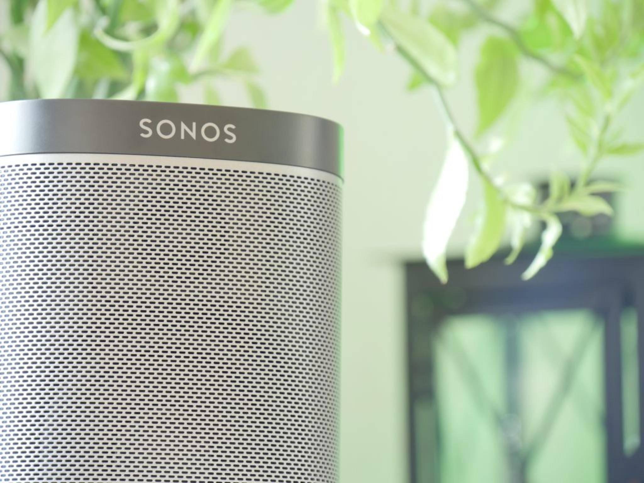 Sonos-Lautsprecher lassen sich mithilfe einer App auch mit der Apple Watch ansteuern.