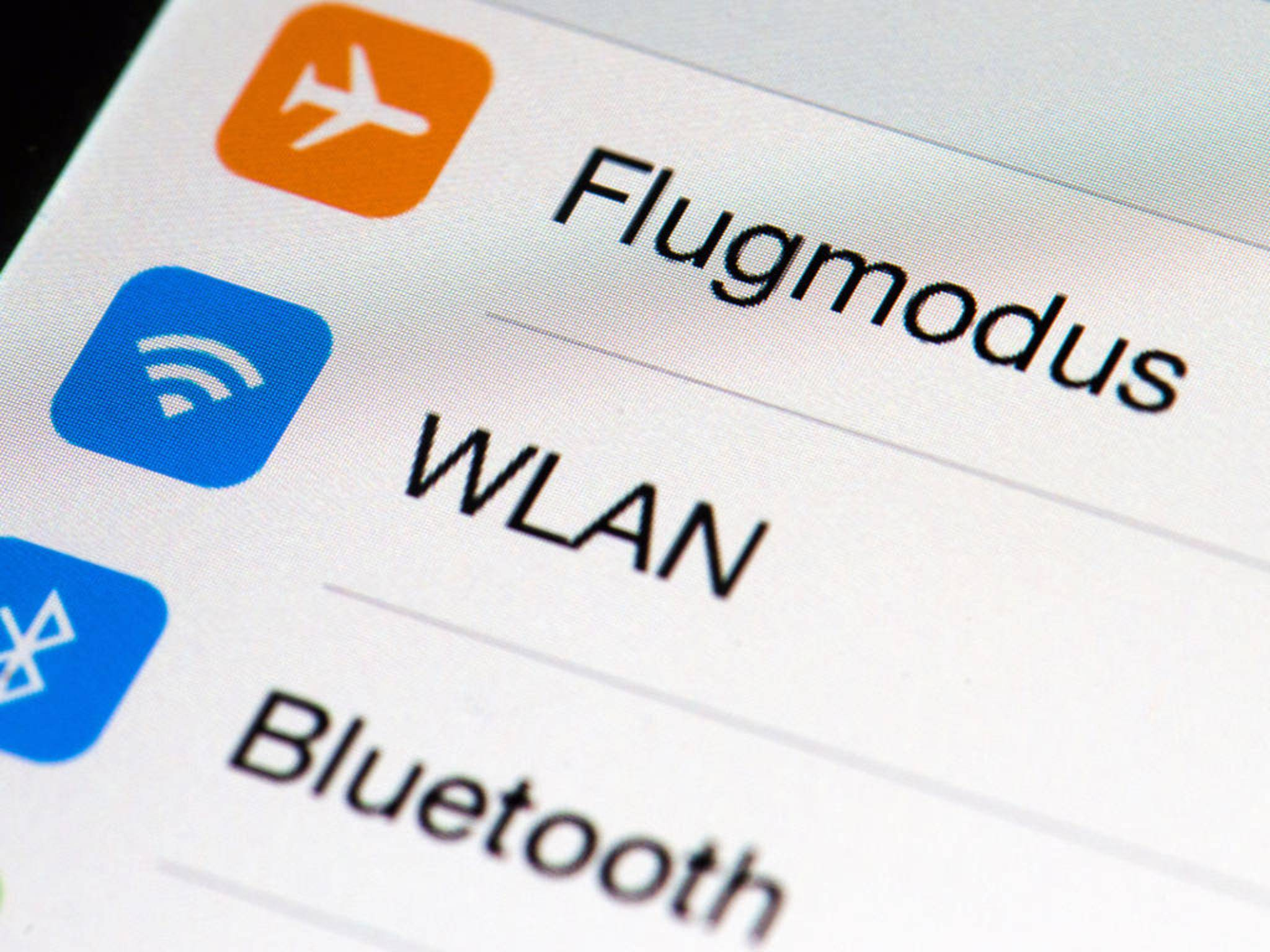 WLAN oder Bluetooth? Beide Netze bieten ihre Vorteile.