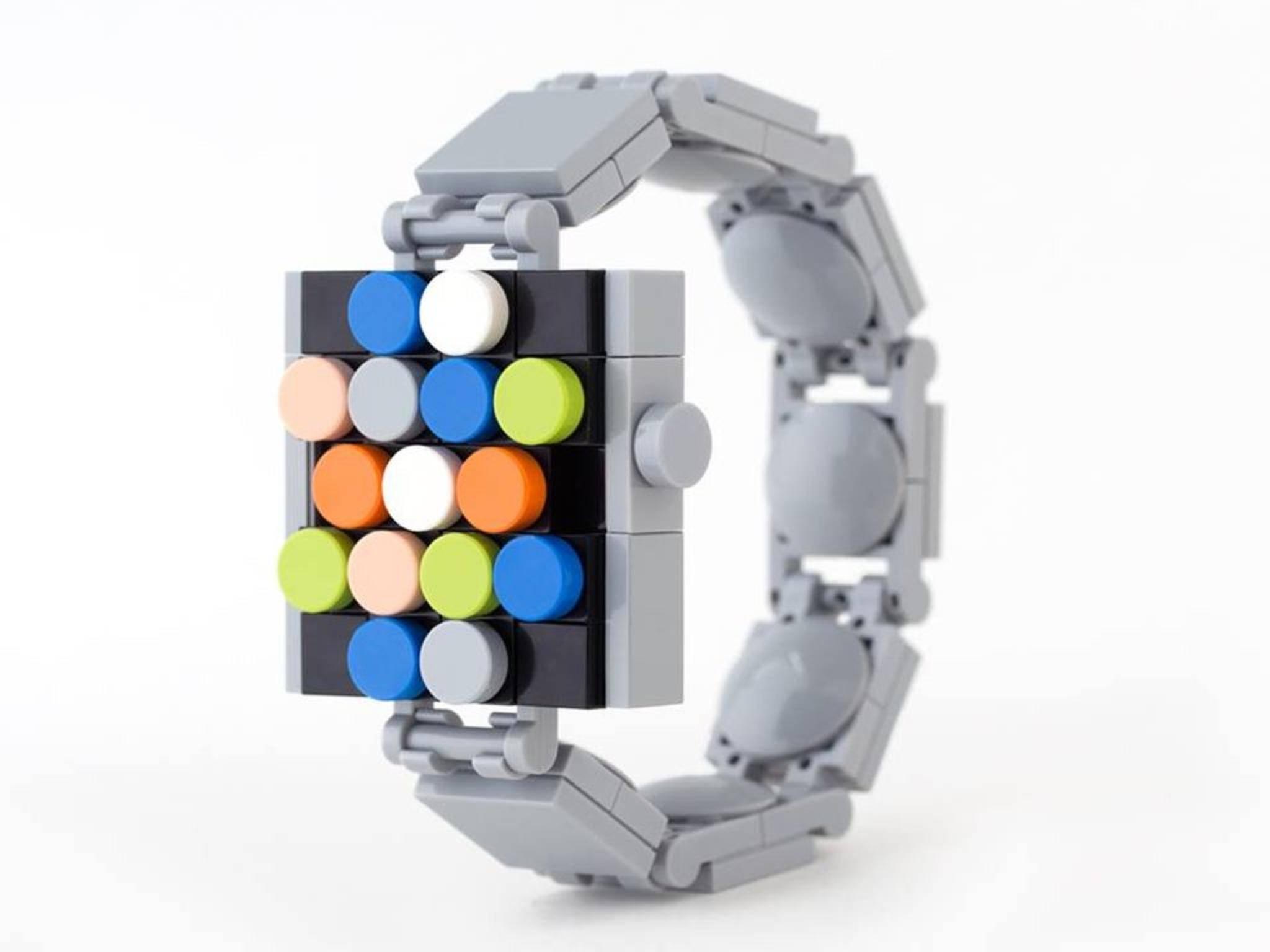 Vom Original kaum zu unterscheiden: EIne schicke Apple Watch aus Lego.