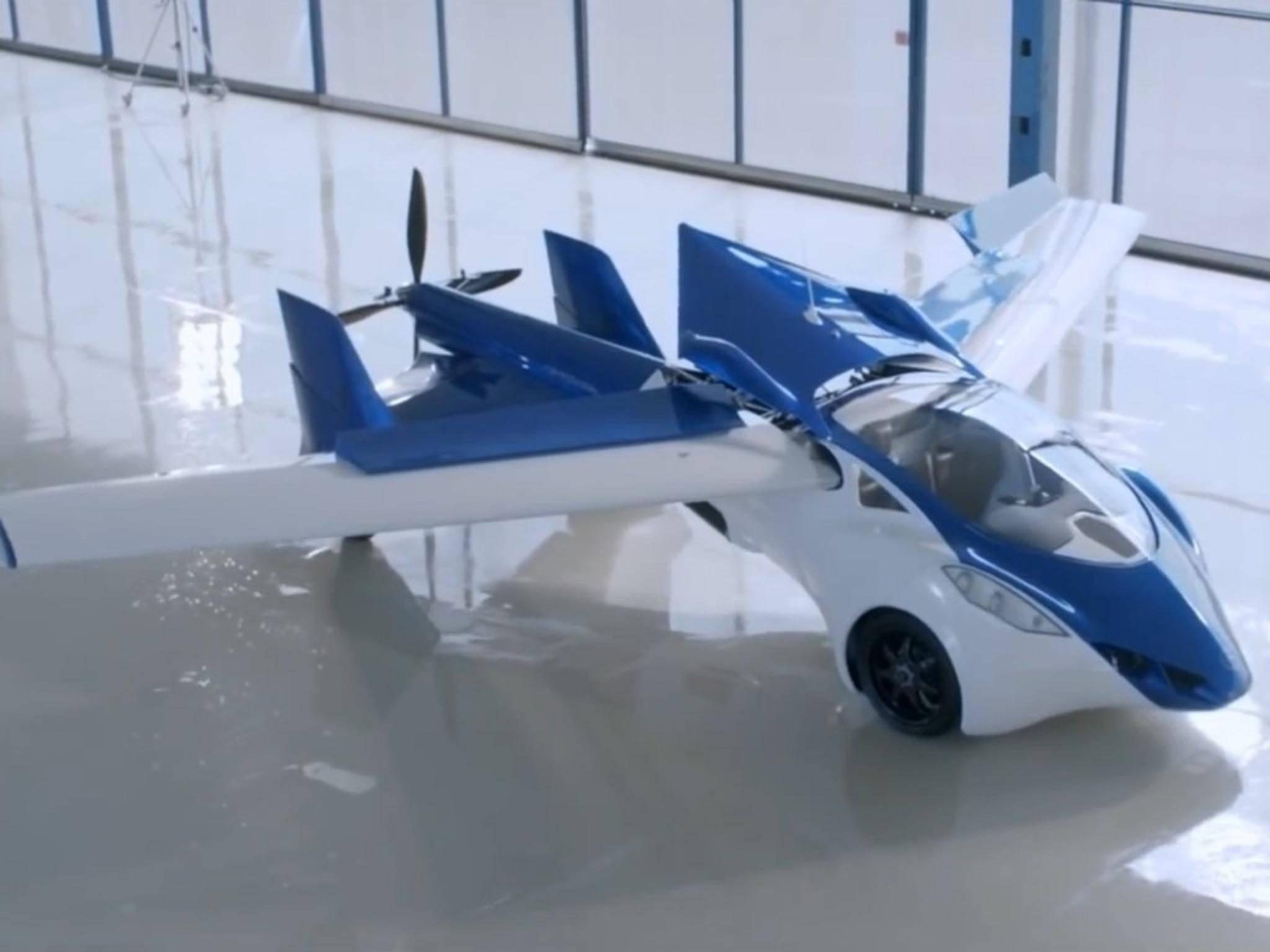 Aus dem AeroMobil 3.0 Prototyp soll bis 2017 ein serienreifes Flugauto werden.