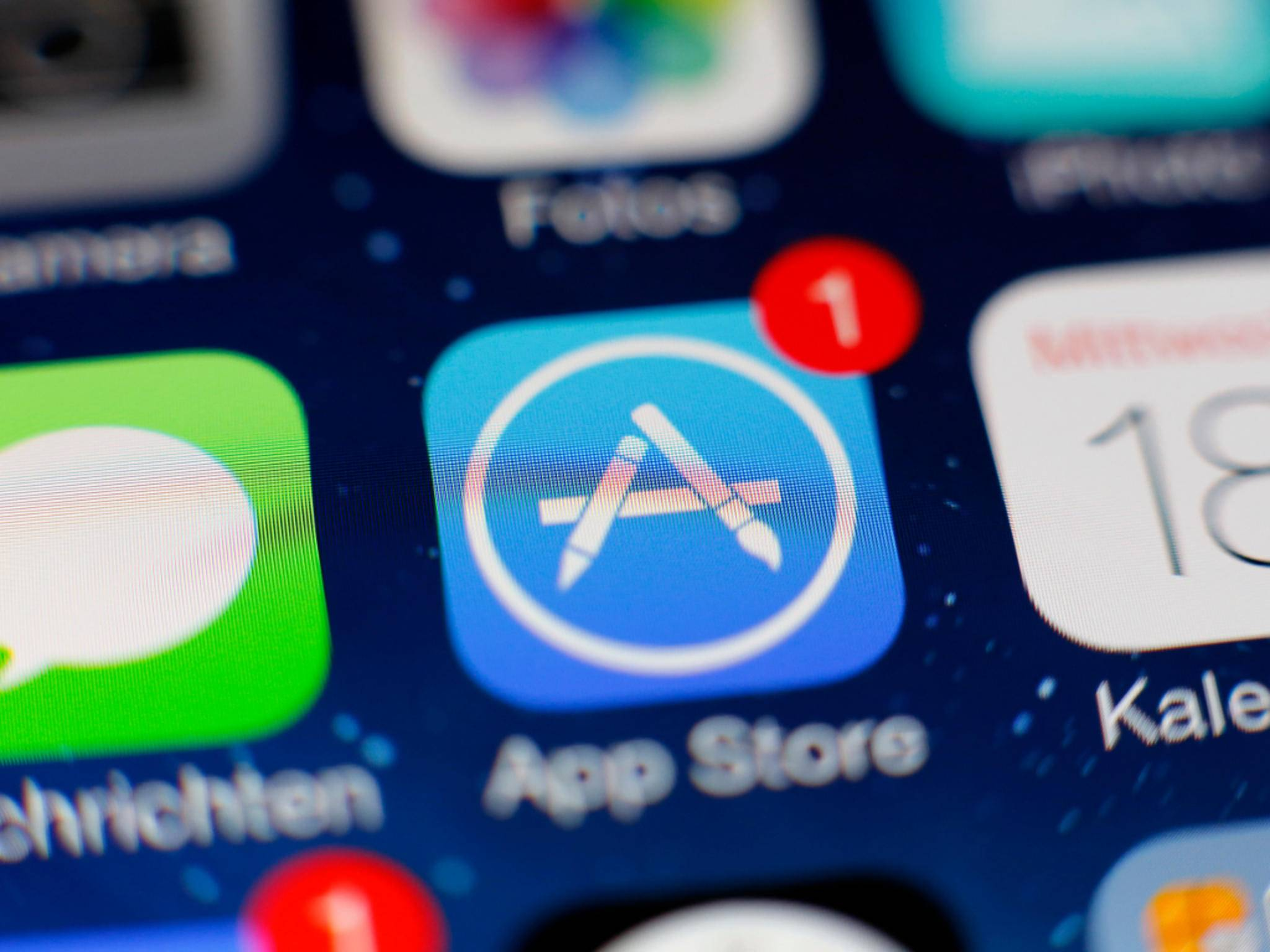 Updates im App Store solltest Du zuvor installieren.
