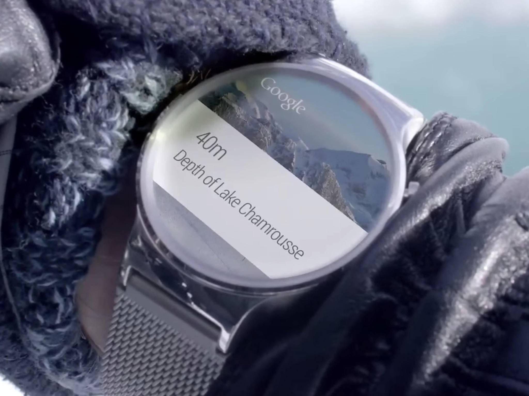 Die Huawei Watch erinnert an klassische Armbanduhren.