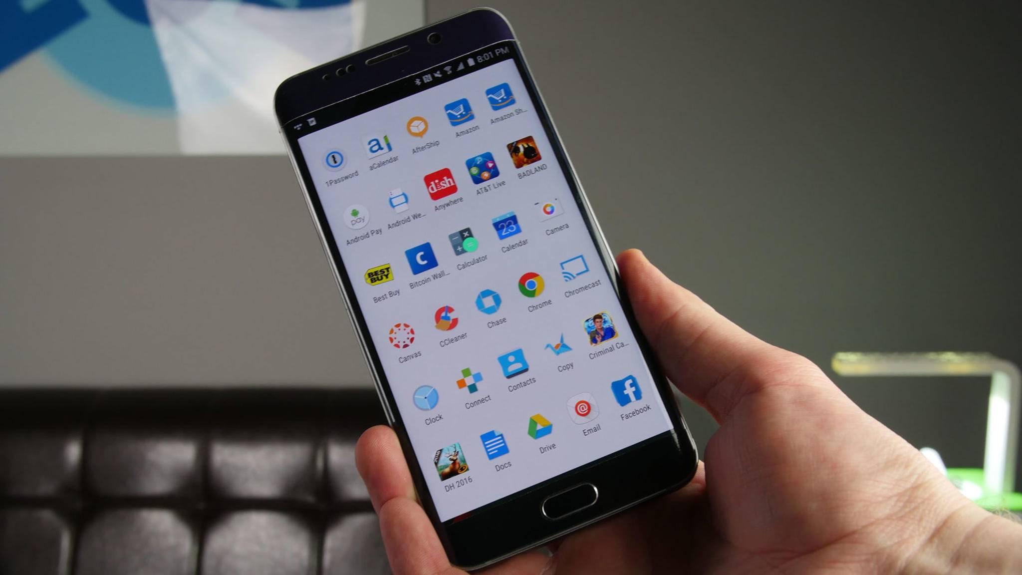 Auf vielen Smartphones ist immer noch reichlich Bloatware vorinstalliert – und so kannst Du die unerwünschten Programme deinstallieren.