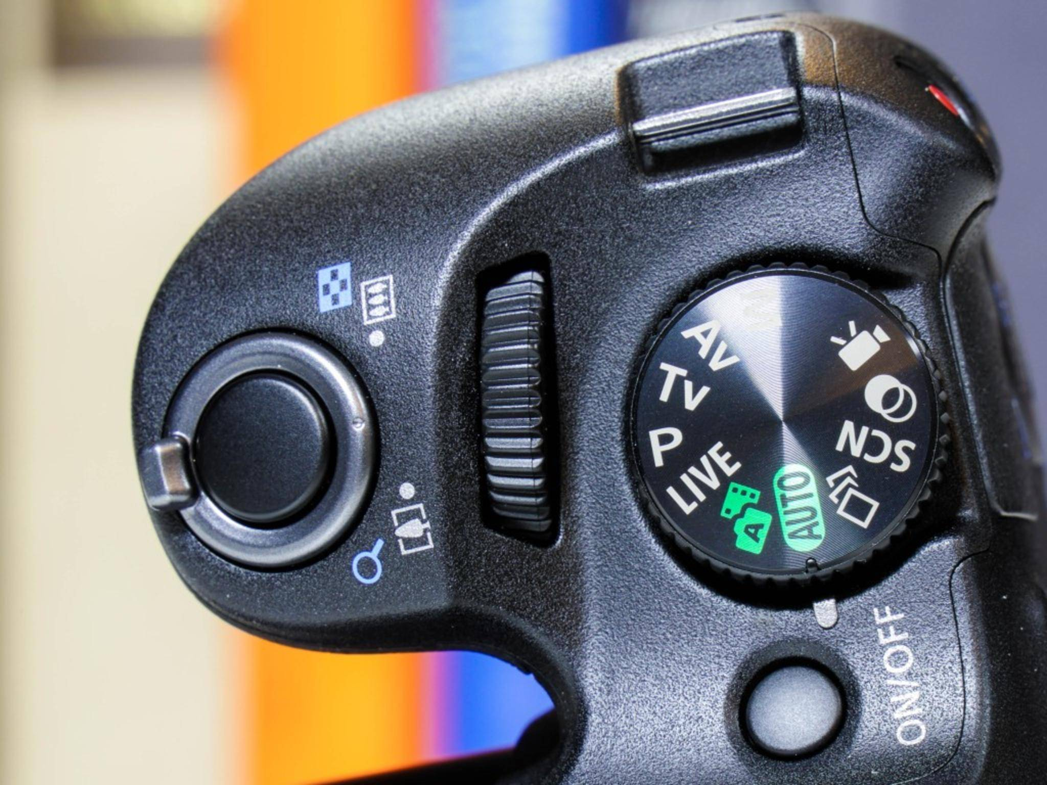 Wer Canon-Kameras kennt, wird sich schnell zurechtfinden.