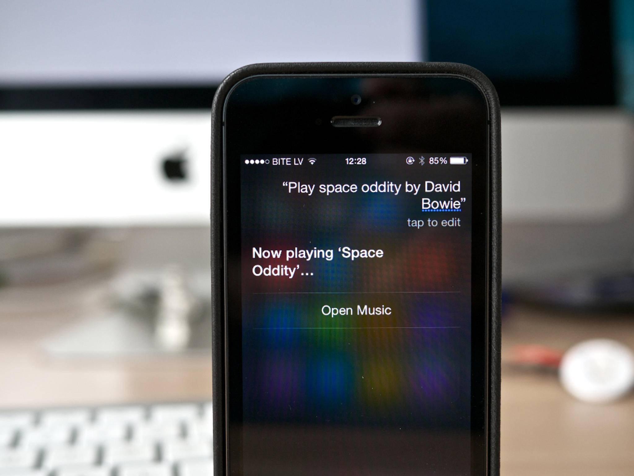 Siri auf dem iPhone: Wesentlich mächtiger als auf der Apple Watch.