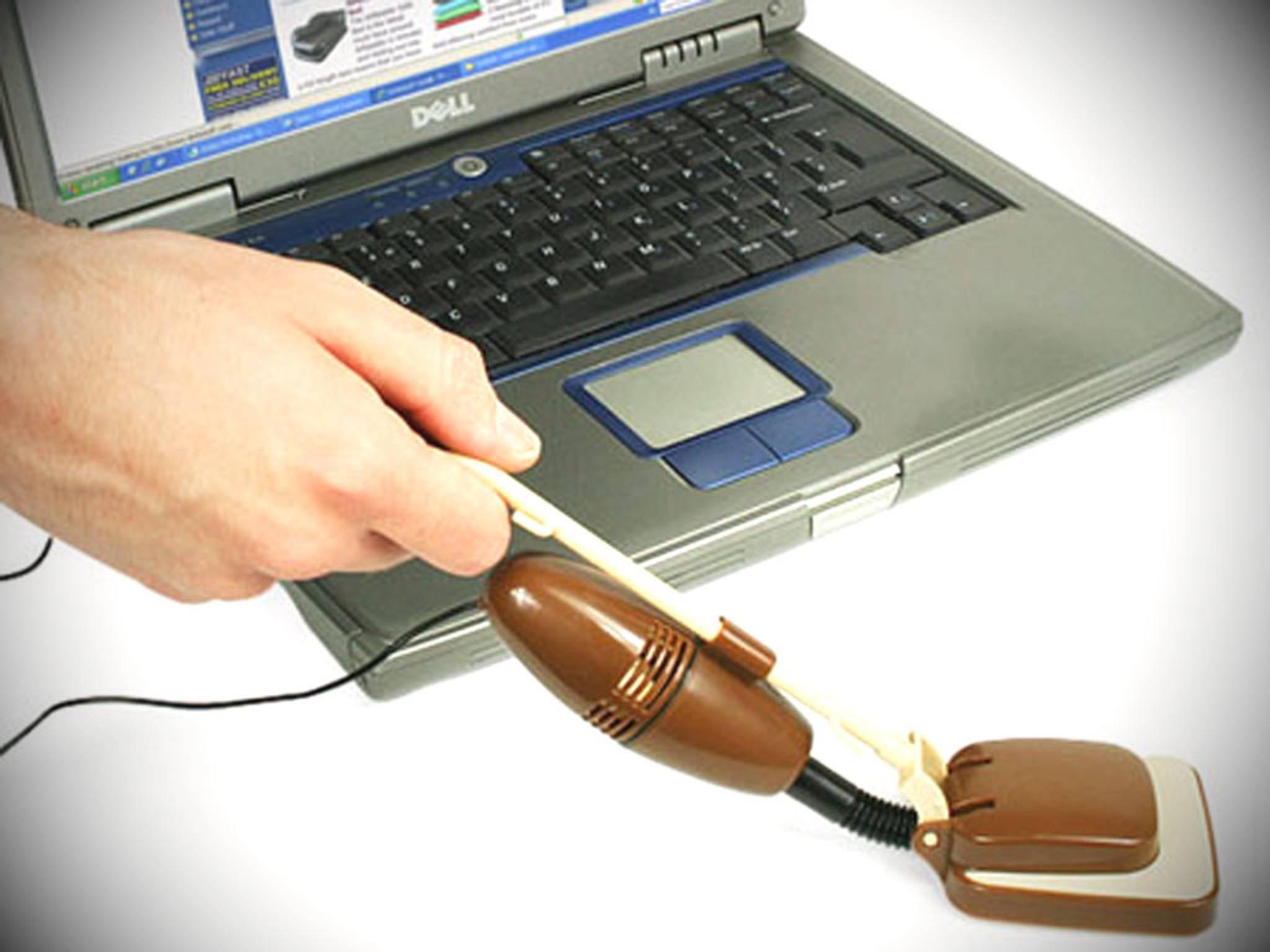 Um reinen Schreibtisch zu machen, ist dieser USB-Sauger prima geeignet.