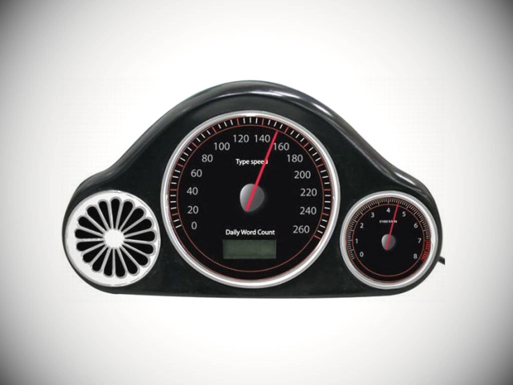 Je schneller man tippt, desto lauter röhrt der Motor