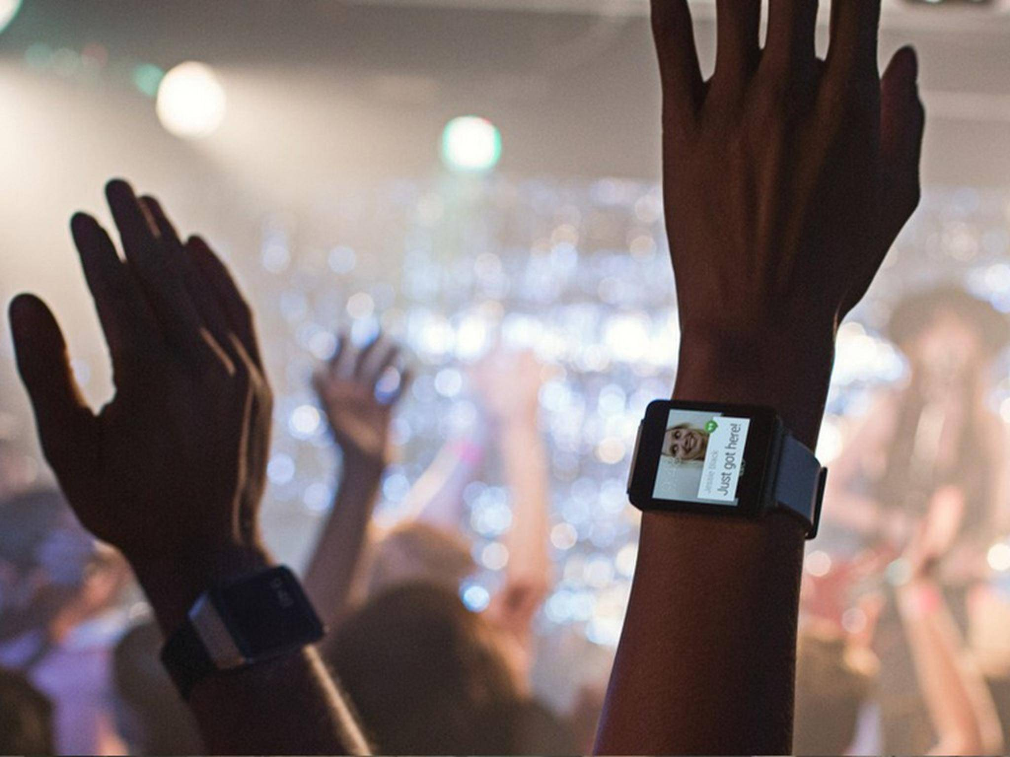 Wer noch nicht textsicher ist, kann künftig auf der Smartwatch mitlesen.