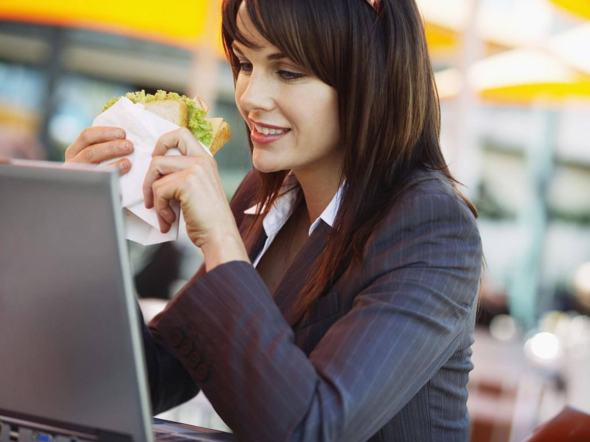 Google möchte Usern das Essenbestellen erleichtern.