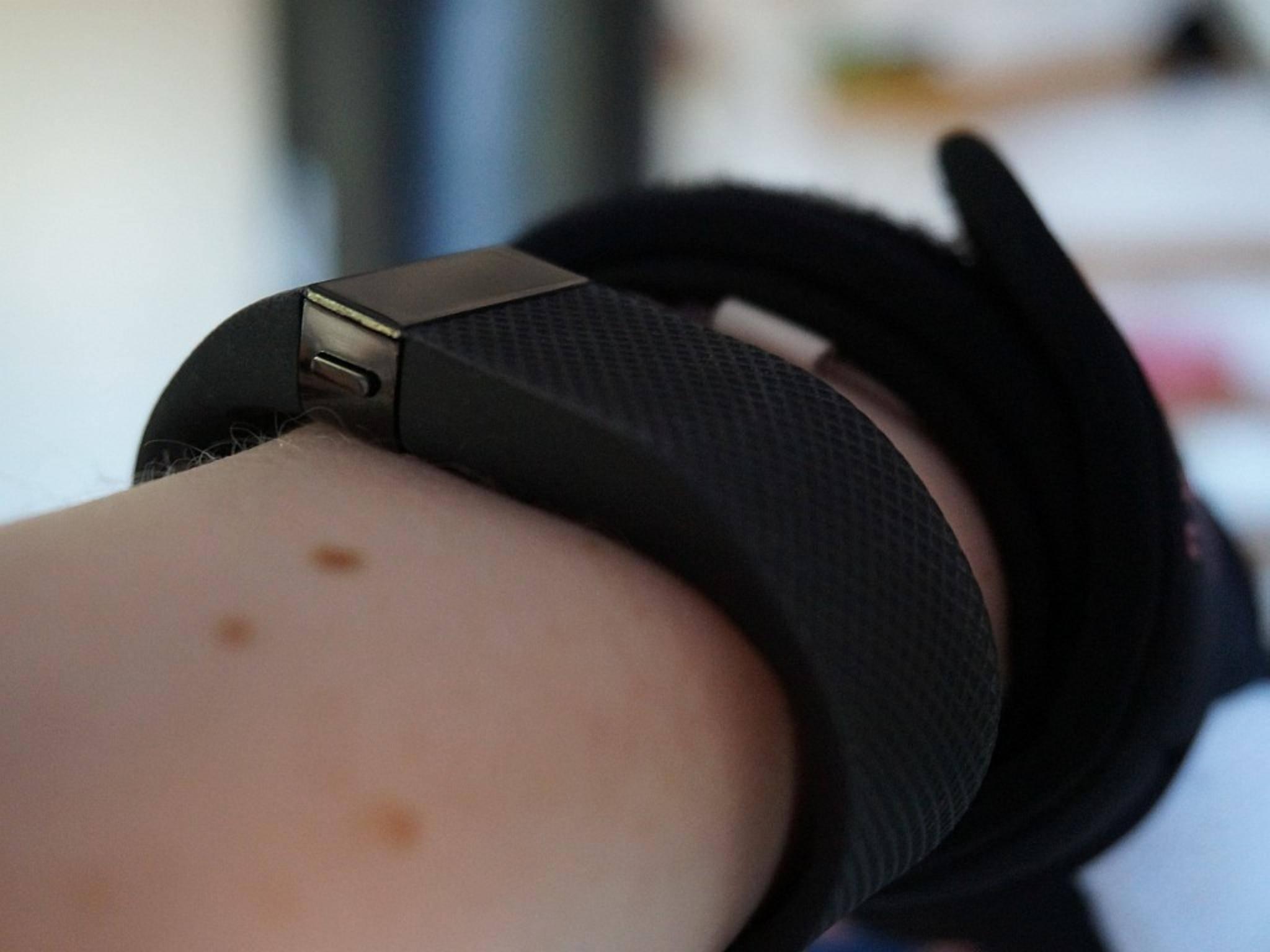 Von den drei Testmodellen ist es das dünnste, an Jawbone reicht es aber nicht heran.