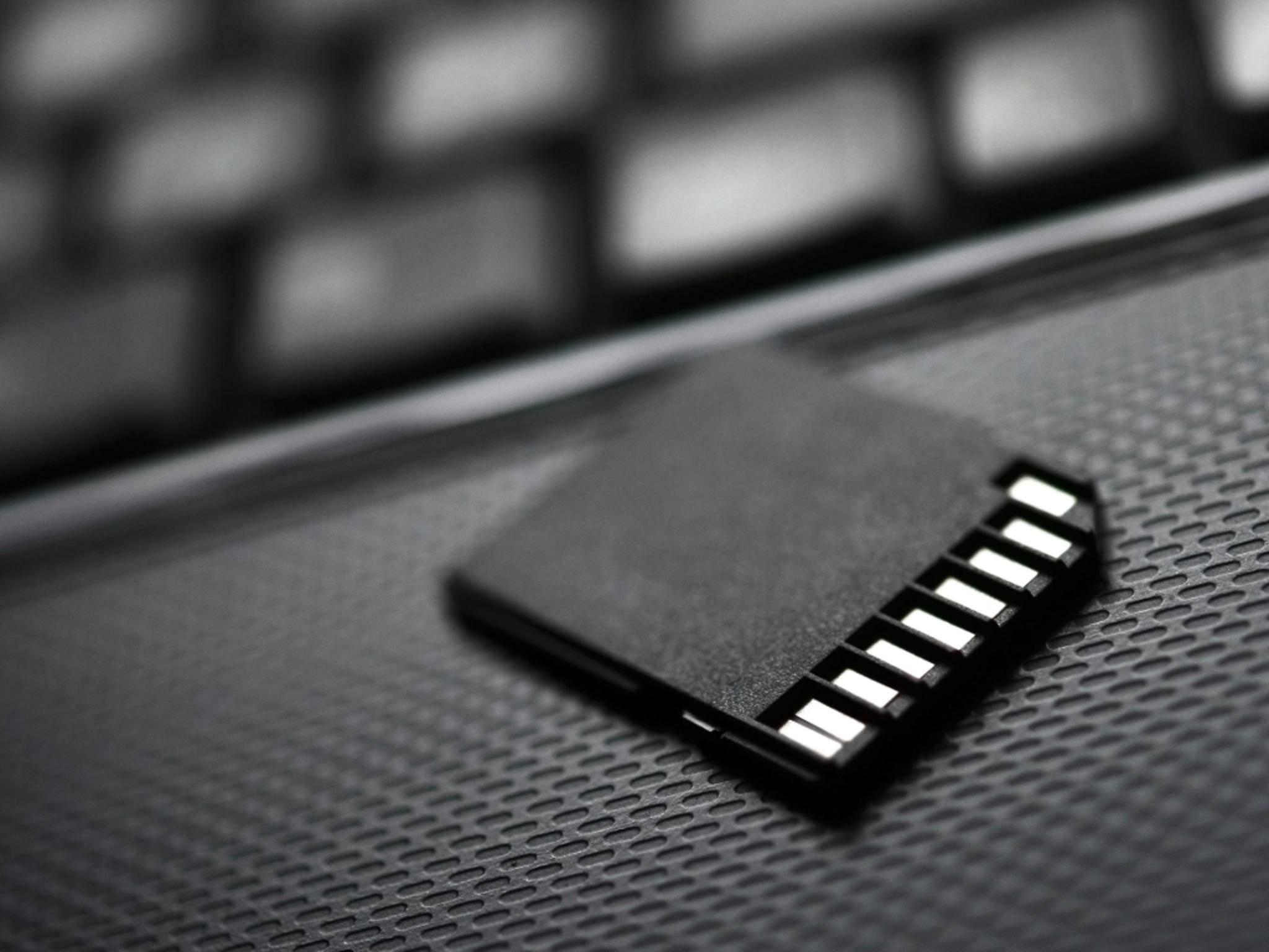 Die neuen SD-Karten von Samsung bieten Speicher für bis zu 128 GB an Daten.