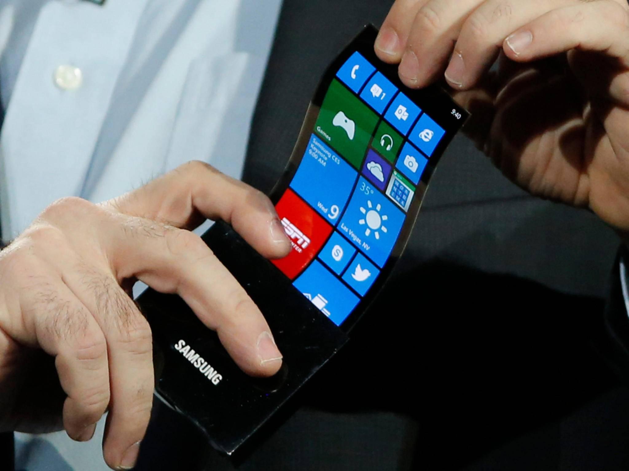 Schon bald will Samsung die Smartphones faltbar machen.