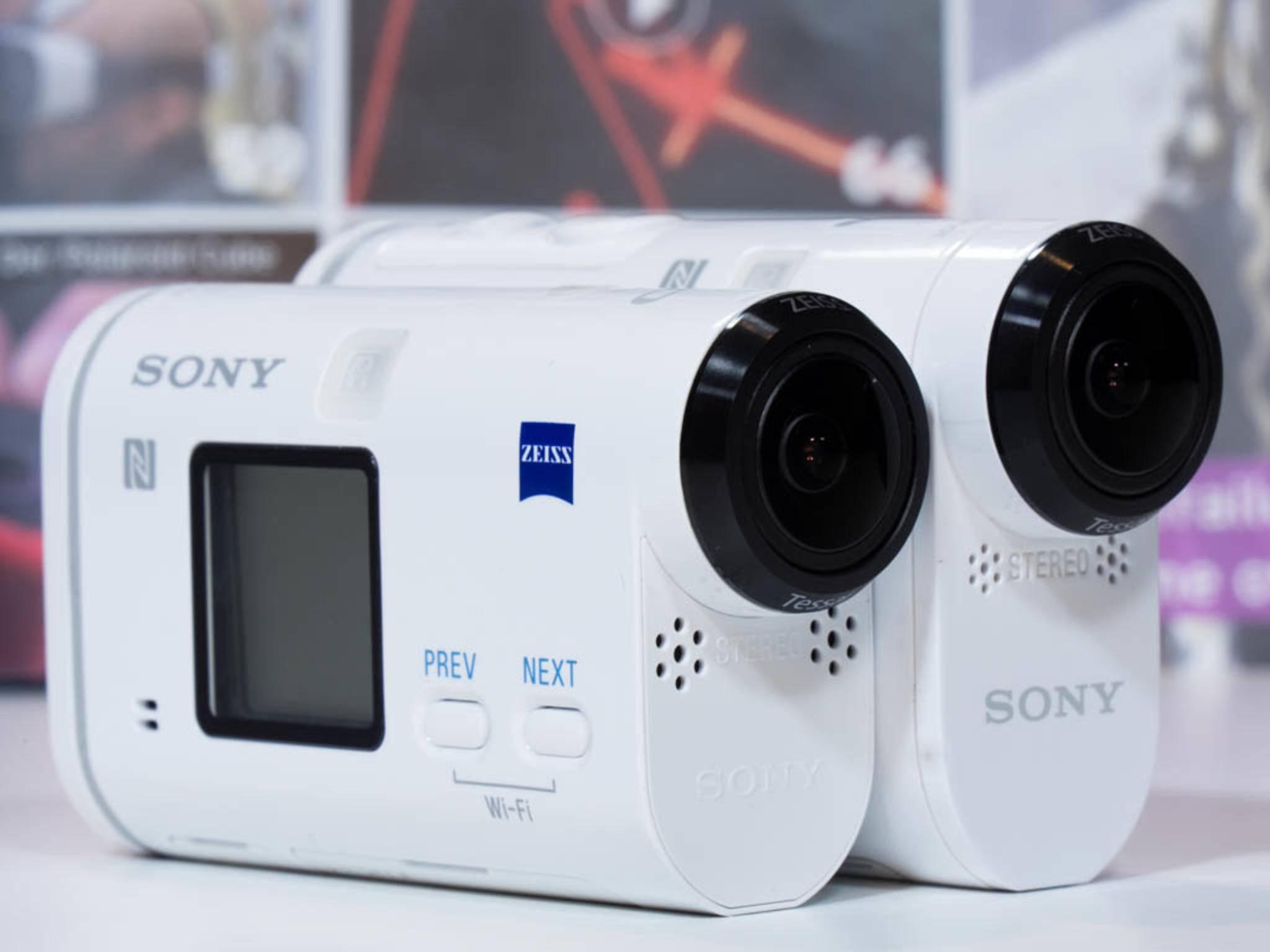 Dynamisches Duo: die HDR-AS200V und die FDR-X1000V.