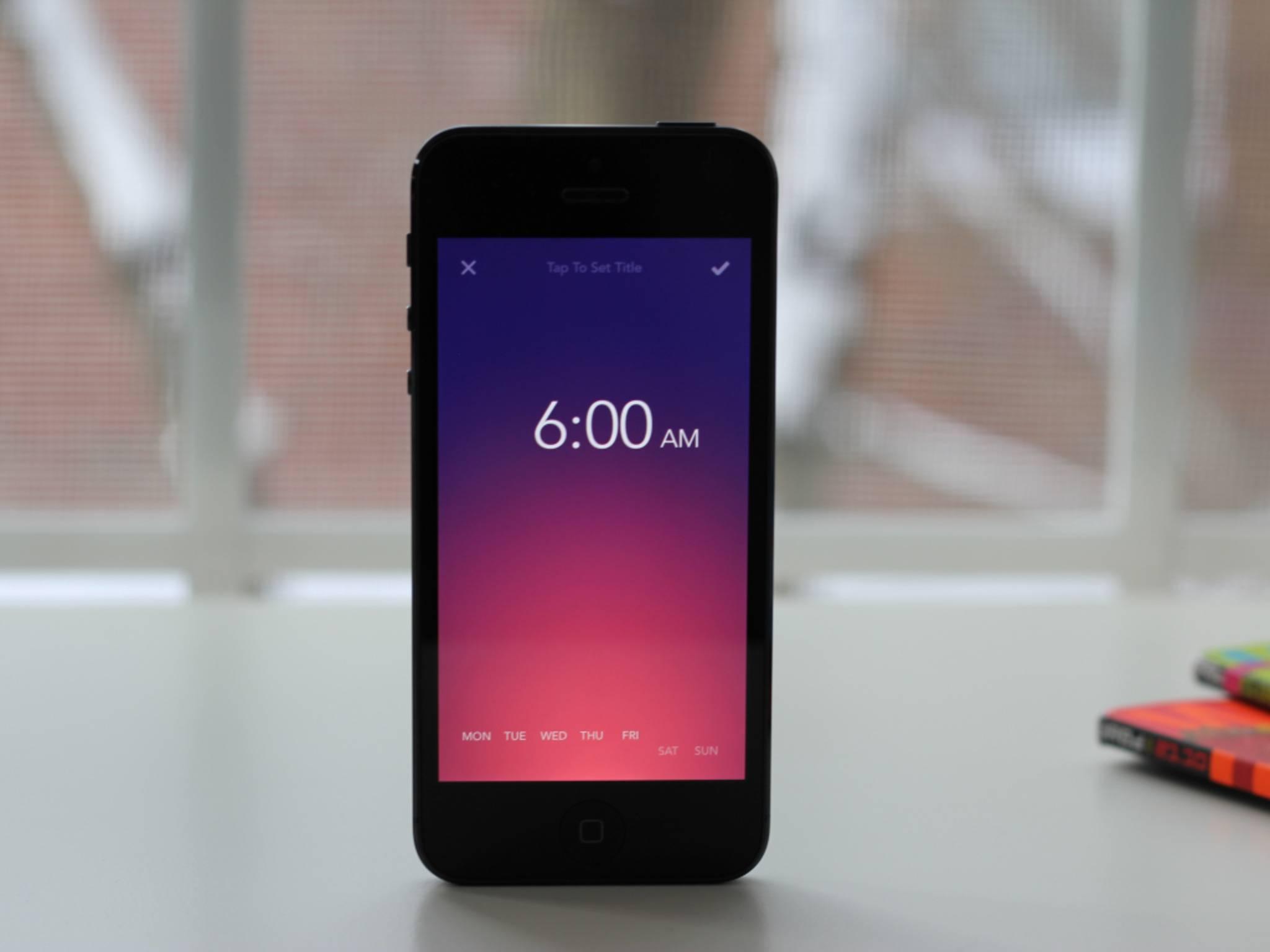 Rise Alarm Clock: Sanfte Farbverläufeund innovatives Layout.