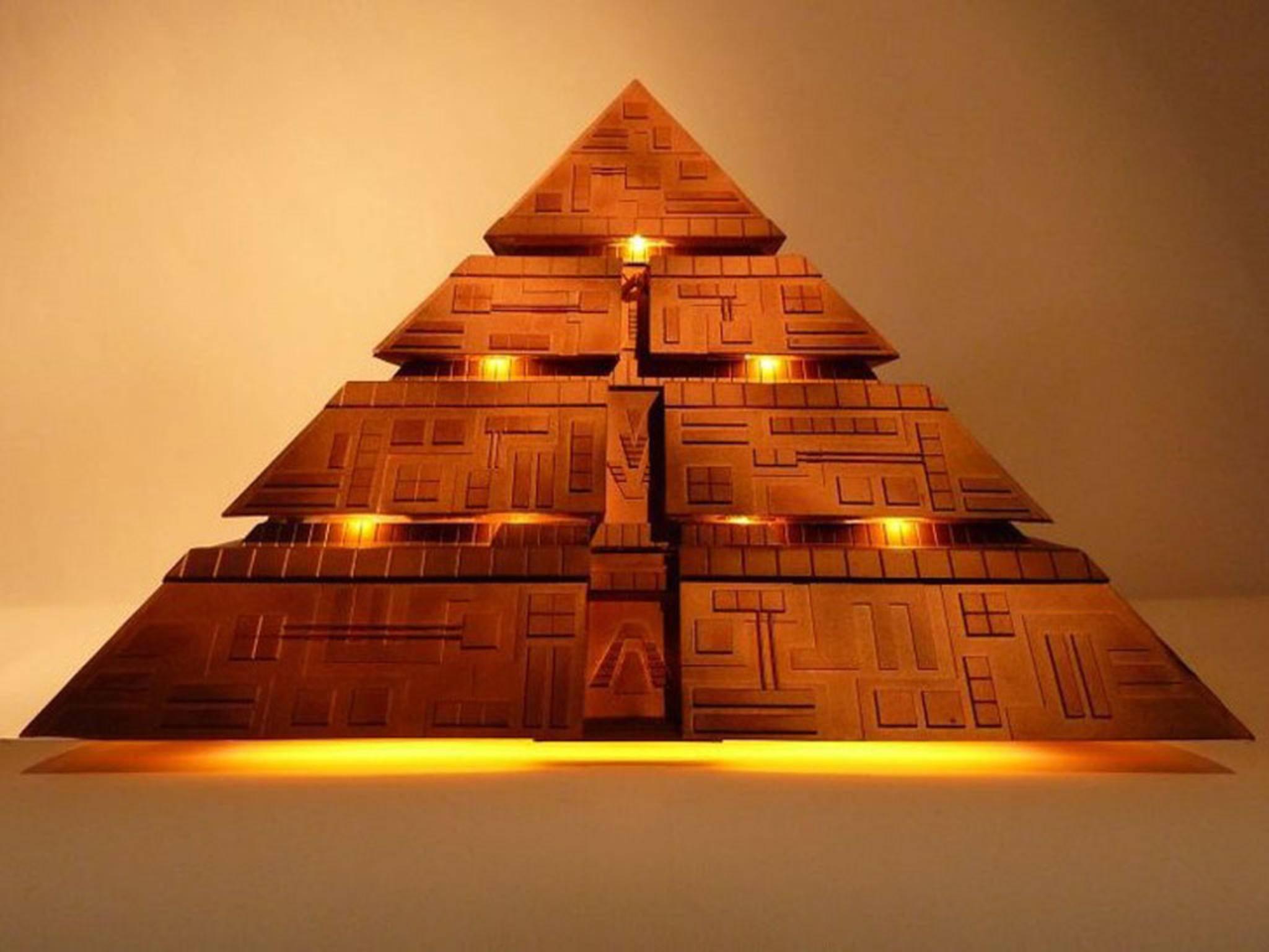 In dieser Stargate-Pyramide steckt tatsächlich ein Computer.