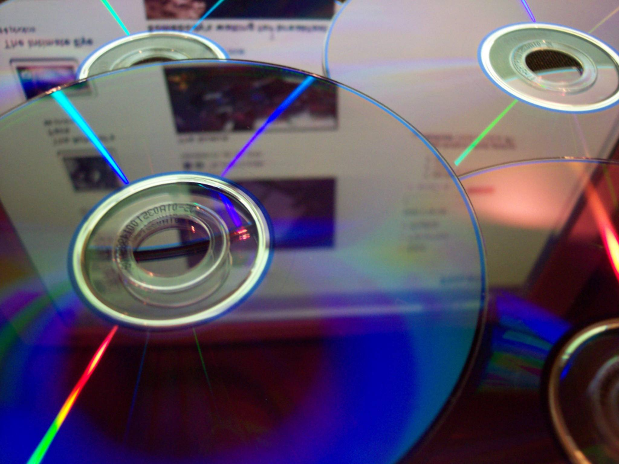 DVDs lassen sich unter Windows 10 nur noch mit Zusatz-Software abspielen.