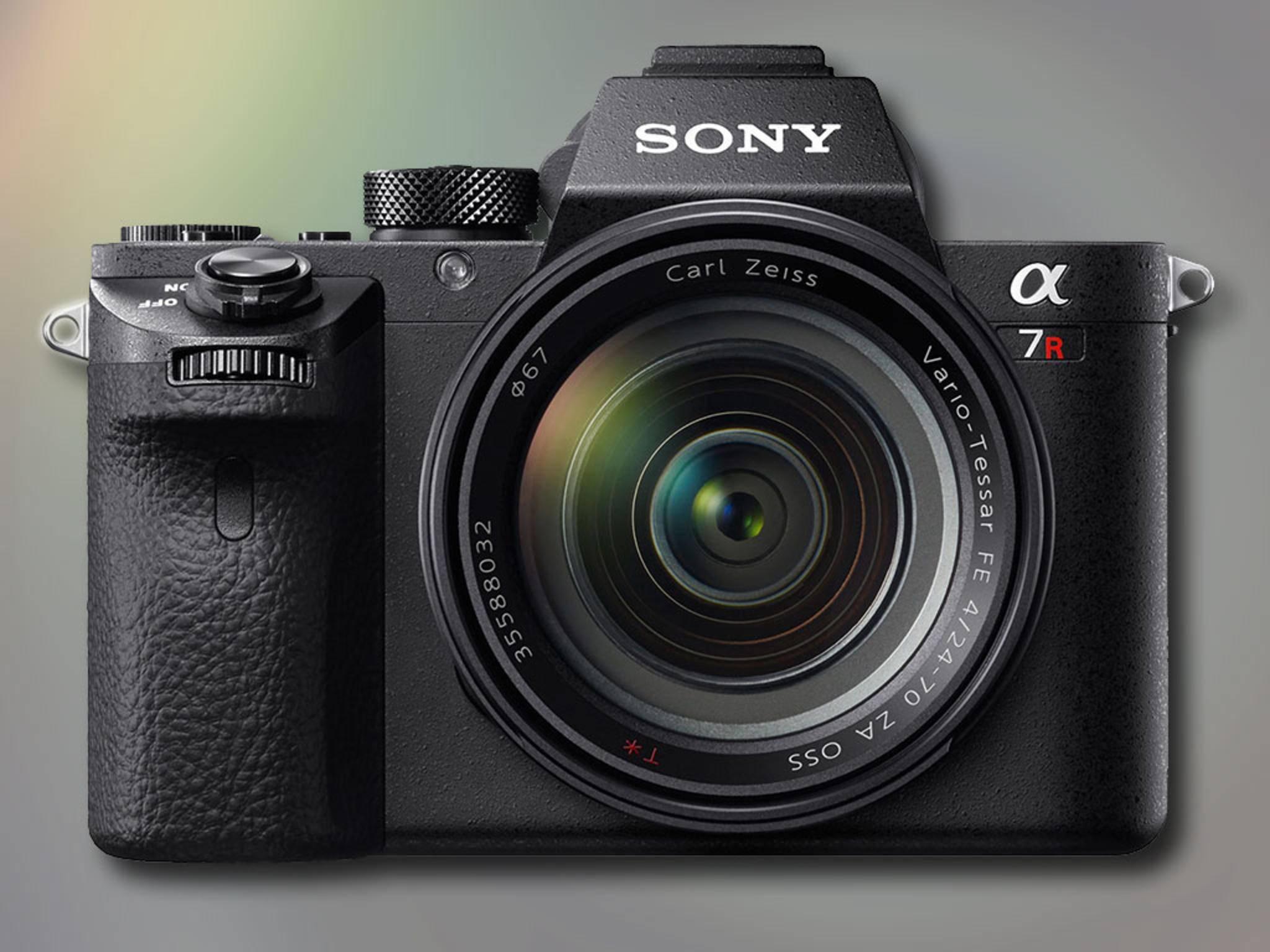 """Die Sony a7R II hat den weltweit größten CMOS-Chip mit """"backside illumination""""."""