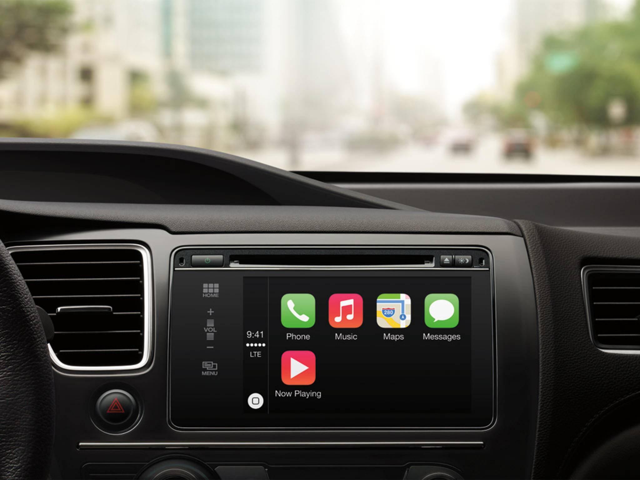 Apple CarPlay wird wohl fester Bestandteil in einem Connected Car von Apple sein.
