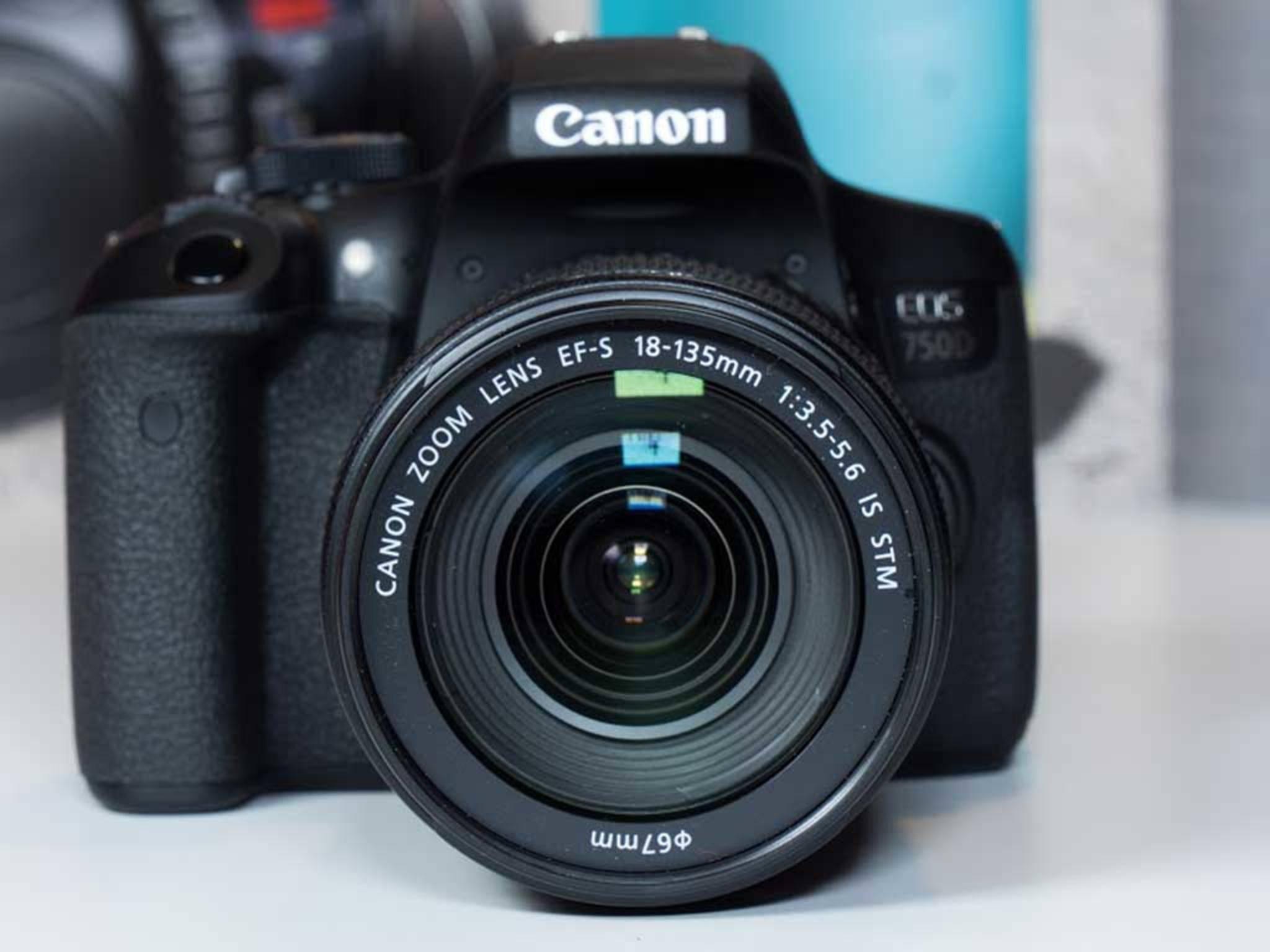 Die Canon EOS 750D: eine kompakte und solide Spiegelreflexkamera.