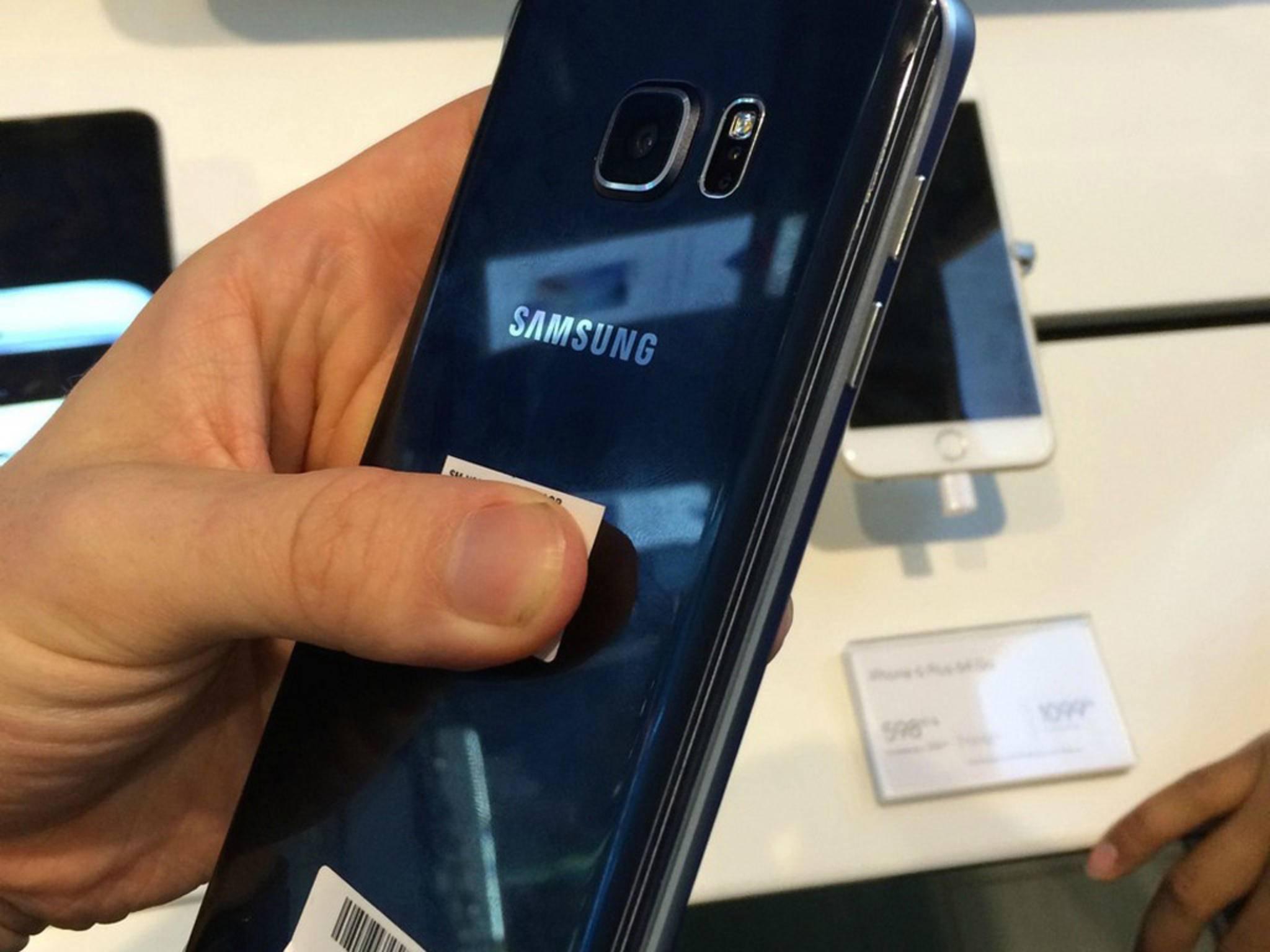 Die Rückseite des Galaxy Note 5.
