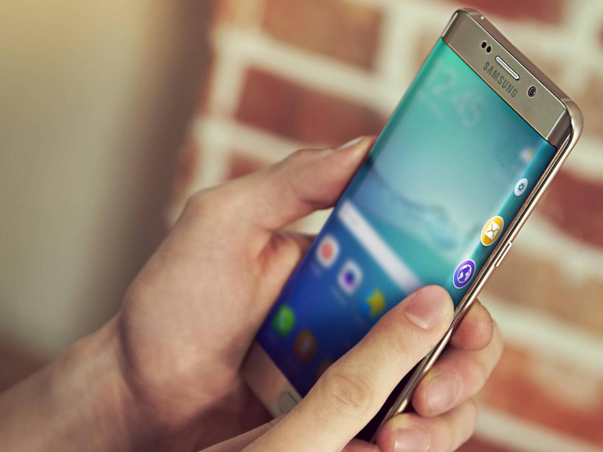 Ein iPhone mit abgerundetem Display könnte dem Galaxy S6 Edge+ Konkurrenz machen.