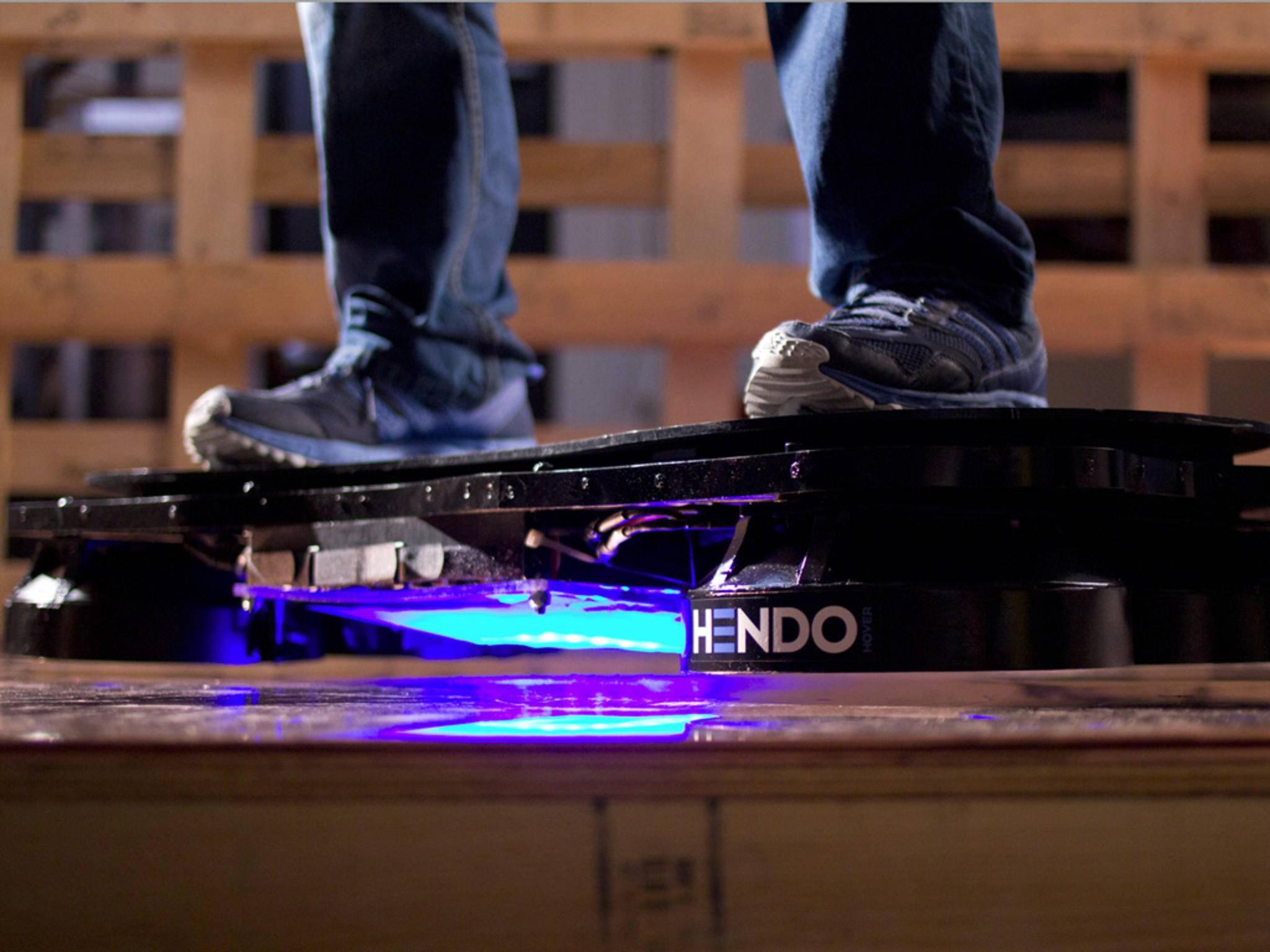 """""""Zurück in die Zukunft""""-Jubiläum: Hendo 2.0 Hoverboard wird am 21. Oktober enthüllt."""