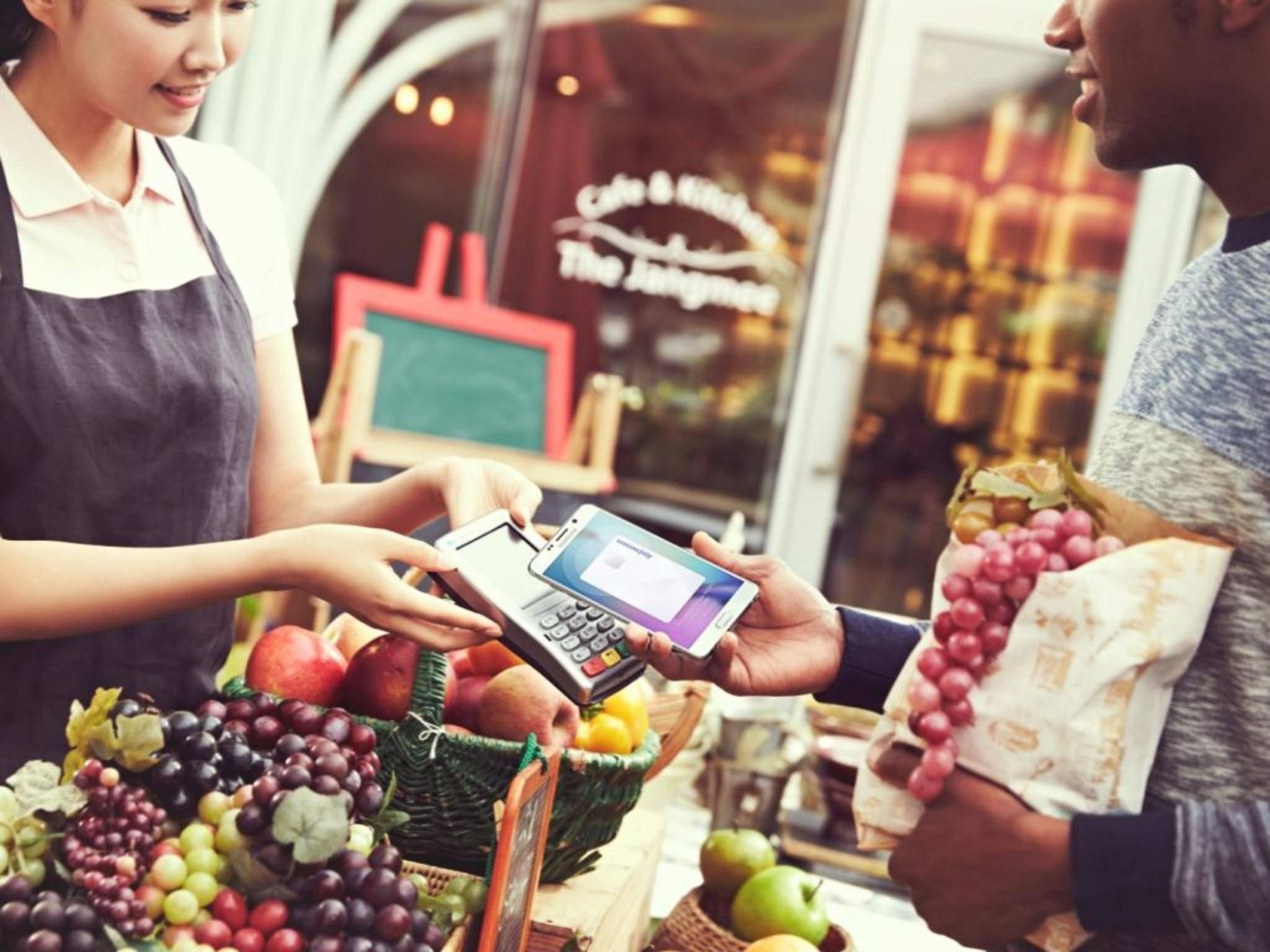 Mit dem Update kommt Samsung Pay auch aufs Galaxy S6 & S6 Edge.