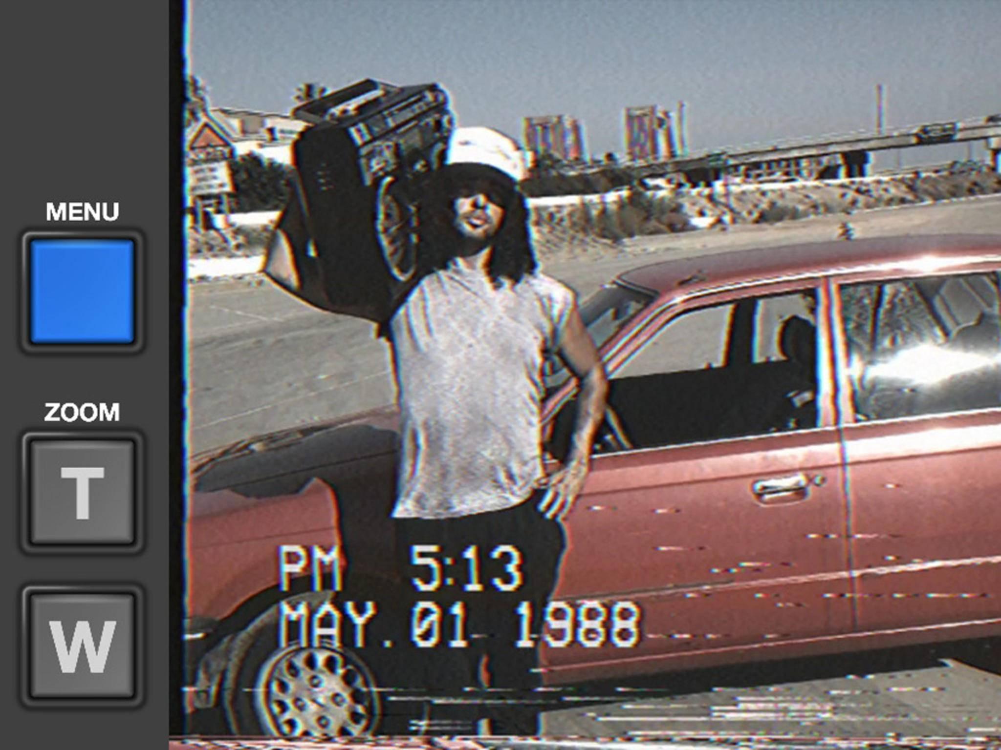 Die iPhone-App VHS Camcorder lässt den guten alten Look der Videokassette aufleben.