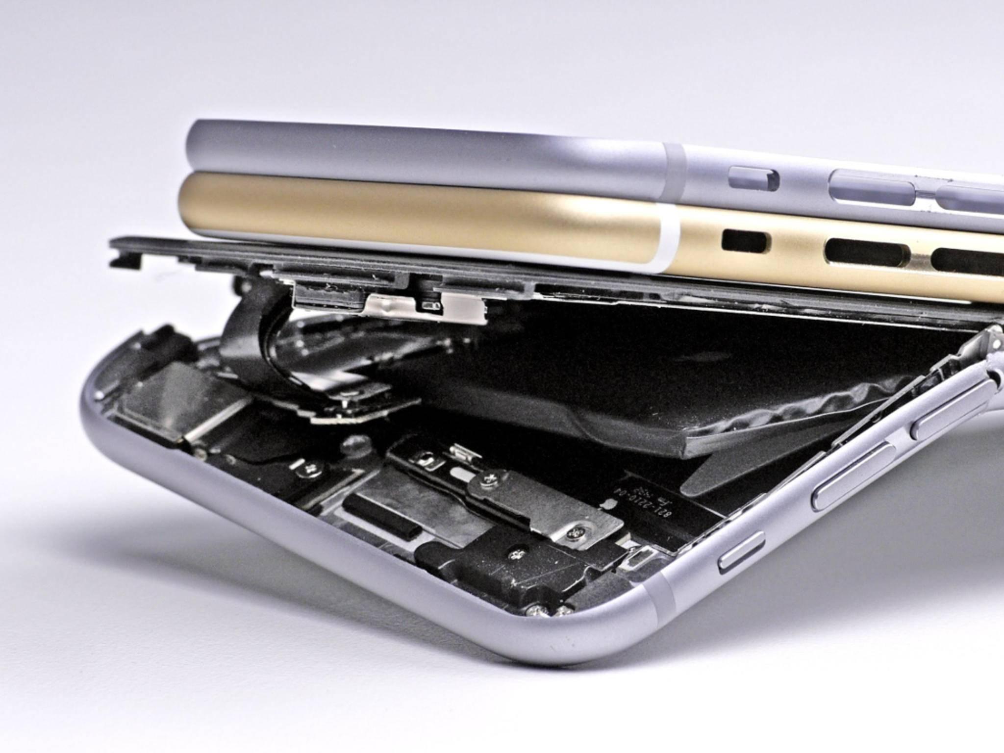 Je dünner das Smartphone, desto leichter verbiegt es sich natürlich auch.