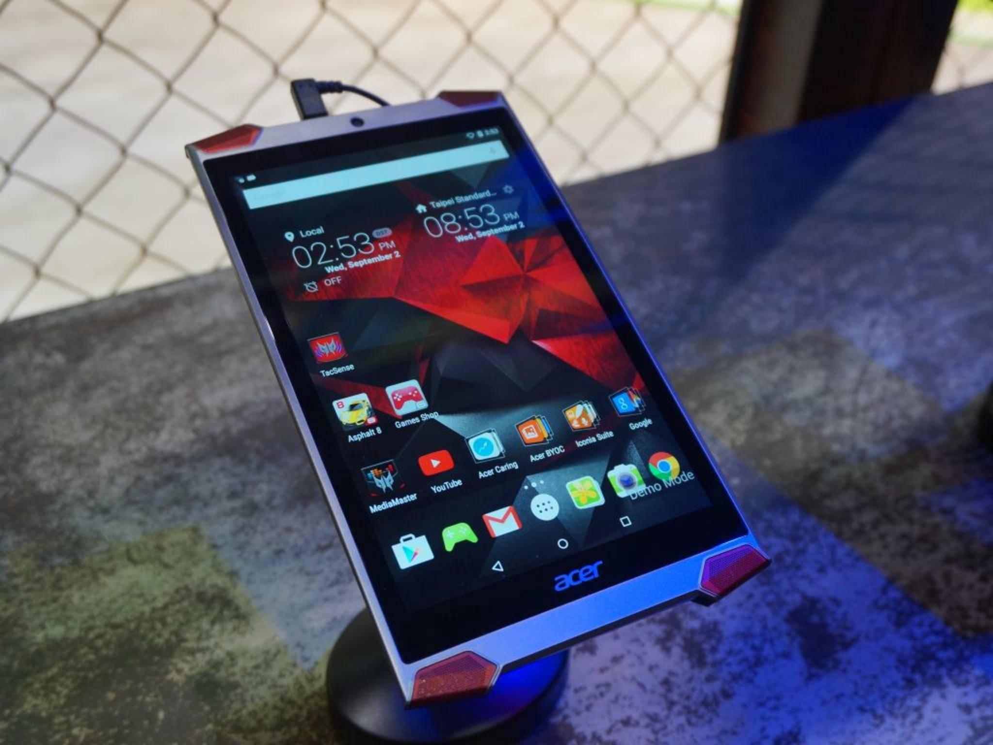 Acers neues Gaming-Tablet Predator 8 bietet haptisches Feedback.