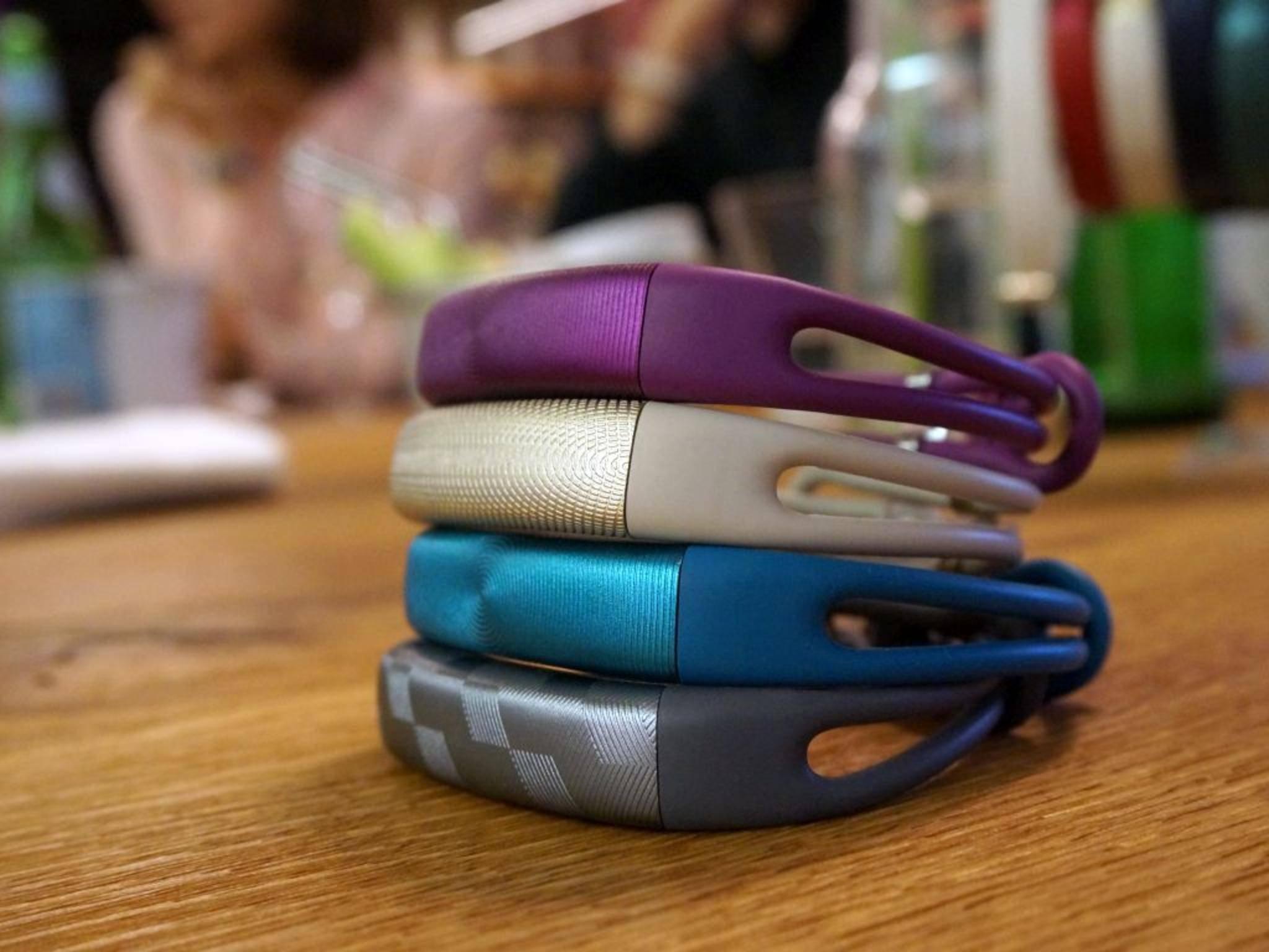 Das Jawbone Up2 ist nun auch mit neuer Armbandform erhältlich.